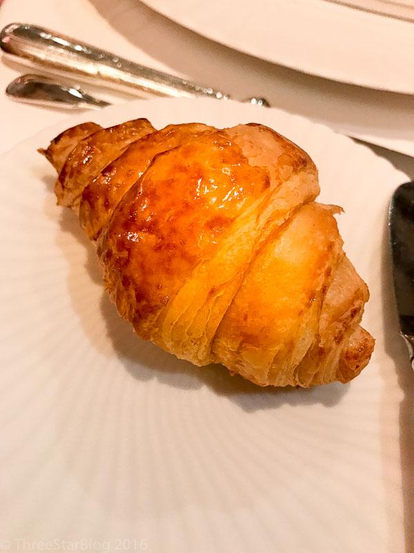 Bread: Fleur de Sel Croissant