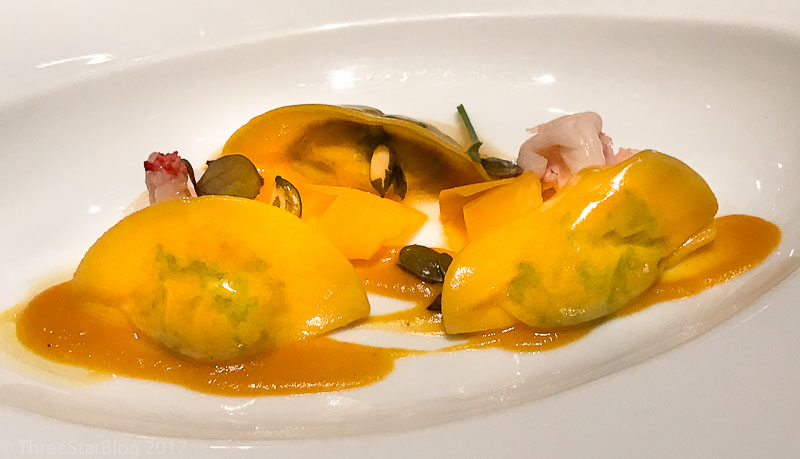 Course 3: Ravioli with Capon + Stewed Prawns + Pumpkin sauce, 6/10