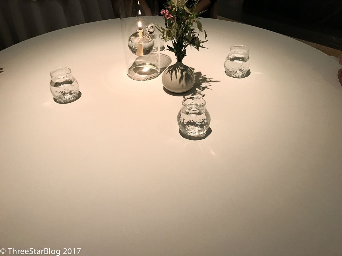 Geranium Dining Table for 4