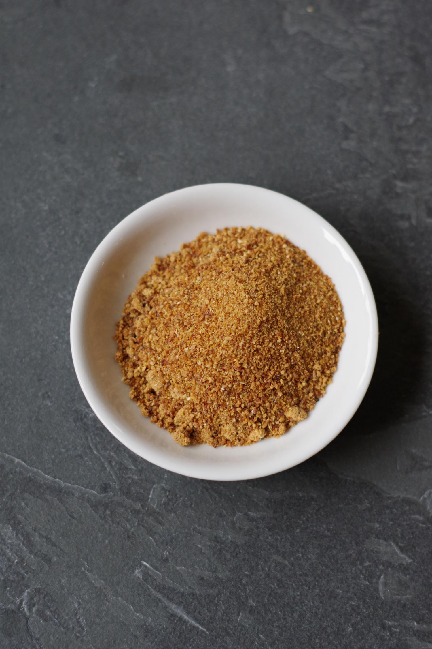 Date sugar to replace powdered sugar