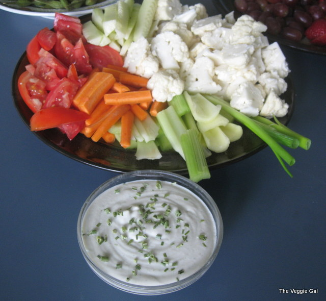 cucumber-cashew-ranch.jpg