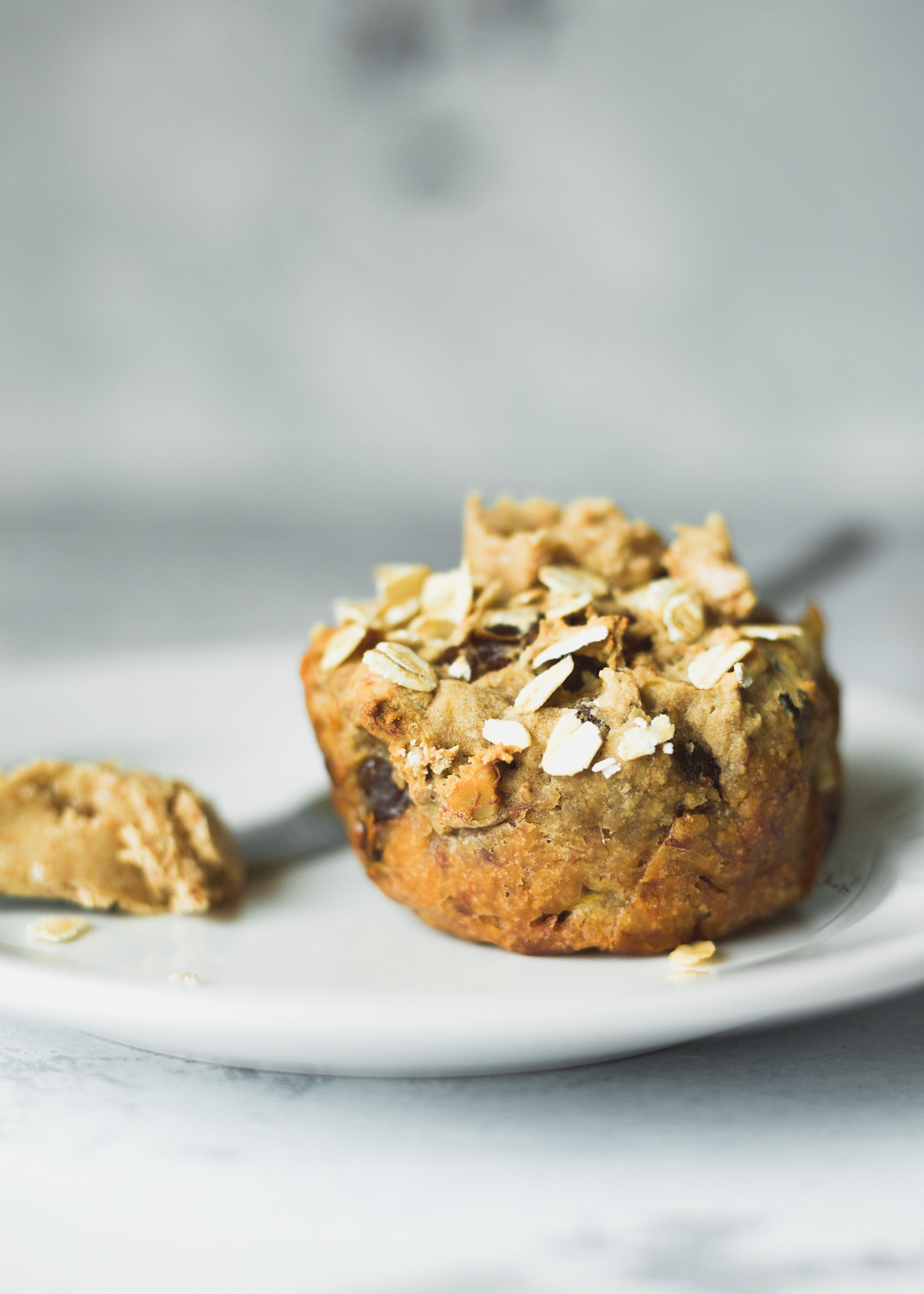 Healthy Breakfast Muffins from The Veginner's Cookbook by Bianca Haun & Sascha Naderer. Photo by Kari of Beautiful Ingredient. Vegan