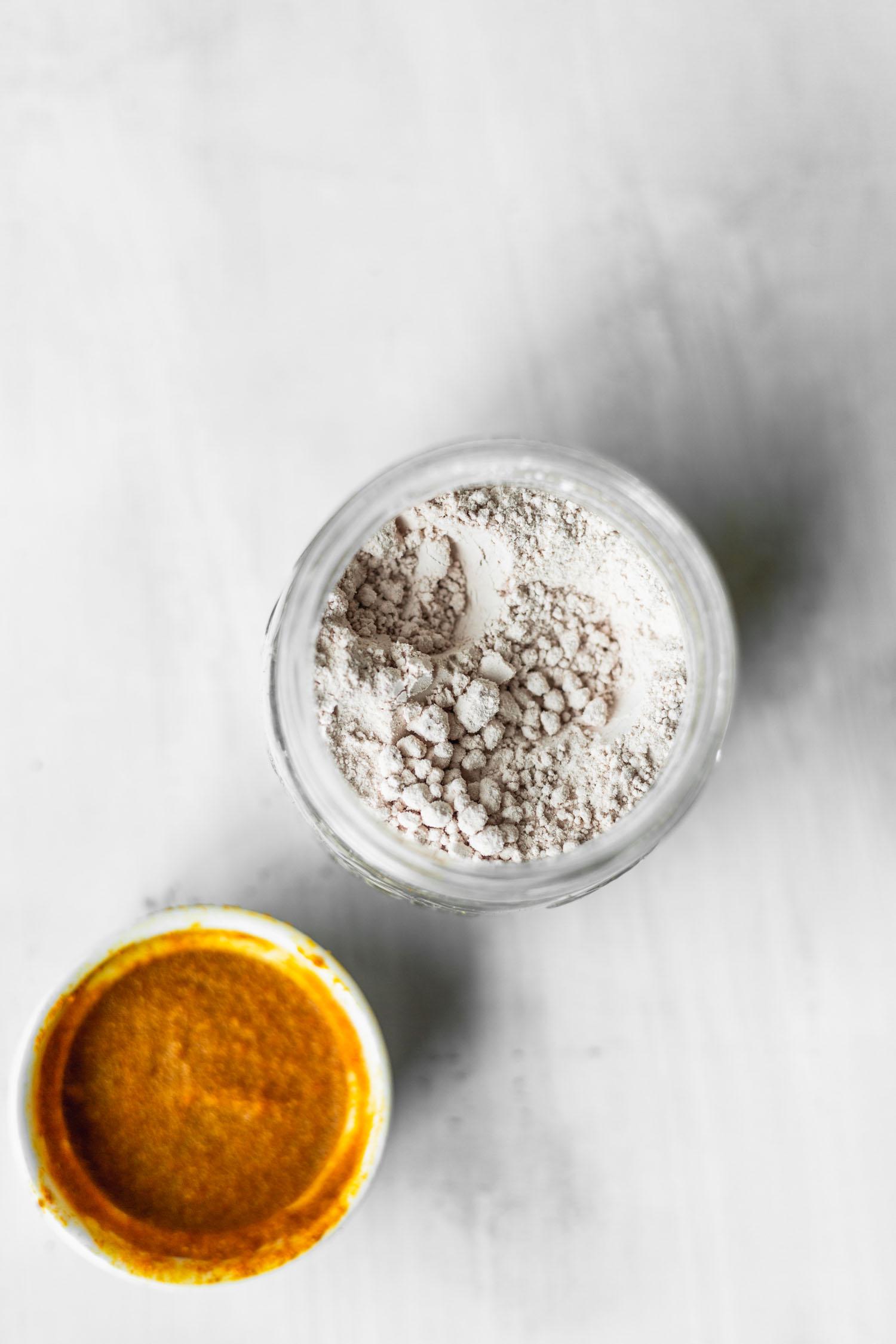 Kala Namak (black salt) and tofu scramble spice mix, Photo by Kari of Beautiful Ingredient.