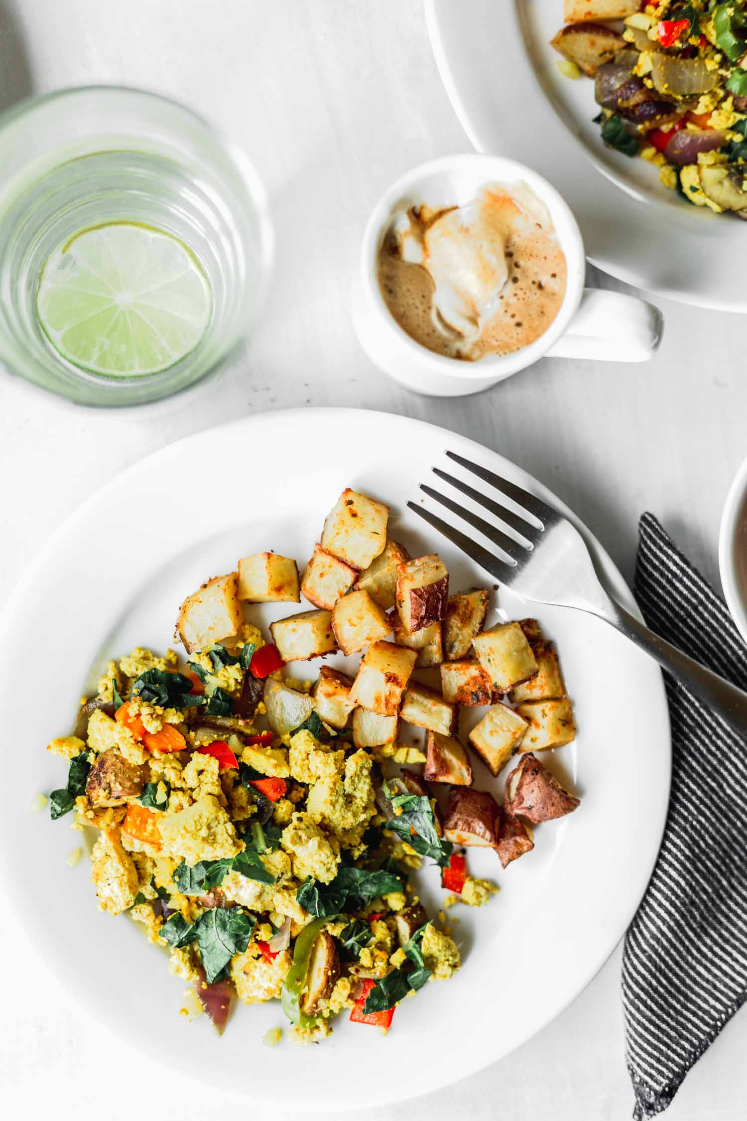 Veggie-Packed Scrambled Tofu recipe & photo by Beautiful Ingredient. vegan | gluten-free | oil-free | easy | veggie-packed | 30 minutes or less | breakfast