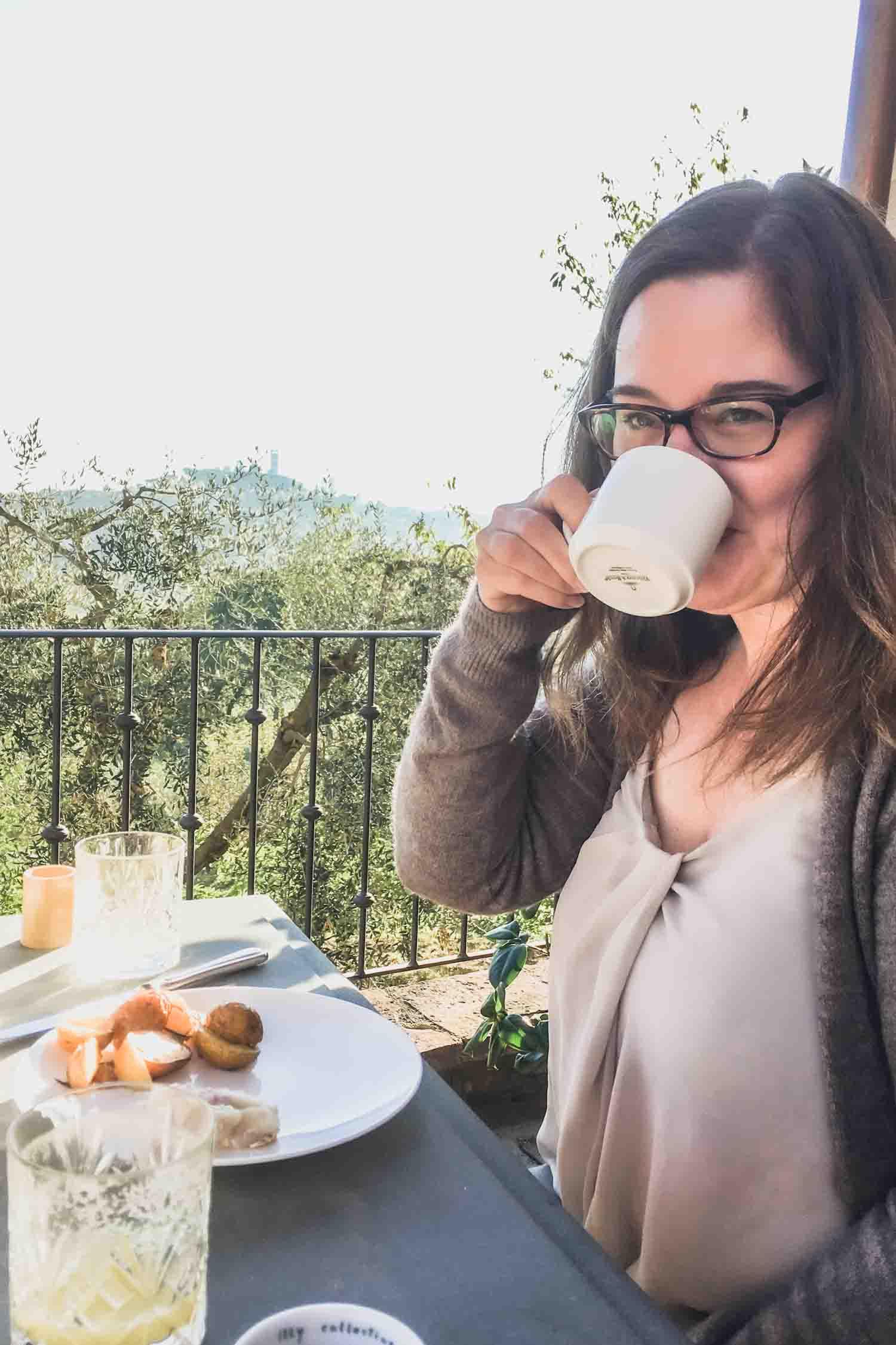 Enjoying breakfast on the patio at i pini biotique agrivilla, the organic and vegan farmhouse in Tuscany. #tuscany #travel #italy #italianfarmhouse #olivegroves #organicoliveoil #vineyards #italyinautumn #veganrestaurant #vegantravel #italytravel #veganitaly #vegantuscany #veganhotel #ecotourism #organichotel #veganhotel #veganretreat #veganbedandbreakfast #sangimignano