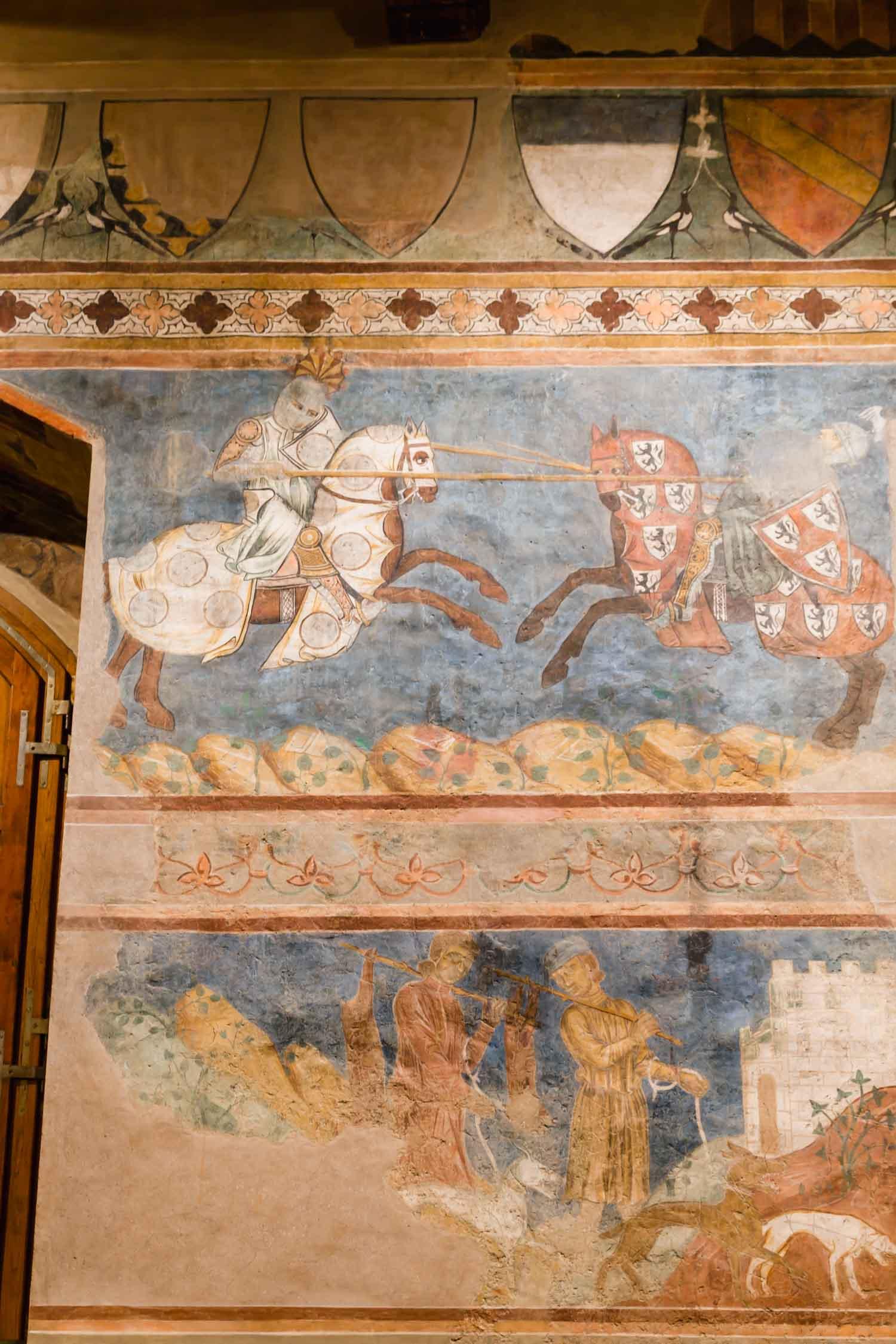 Medieval fresco in San Gimignano, Italy. #tuscany #travel #italy #italianfresco #olivegroves #italianart #vineyards #italyinautumn #veganrestaurant #vegantravel #italytravel #veganitaly #vegantuscany #veganhotel #ecotourism # #veganhotel #veganretreat #veganbedandbreakfast #sangimignano