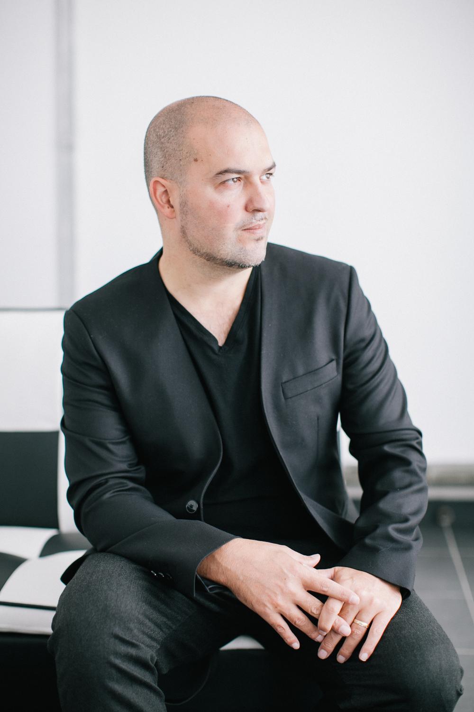 David Kaba - 40 jaarFotograaf, videograaf, webdesigner, oldtimer-liefhebber, sneakerhead, turntablist...