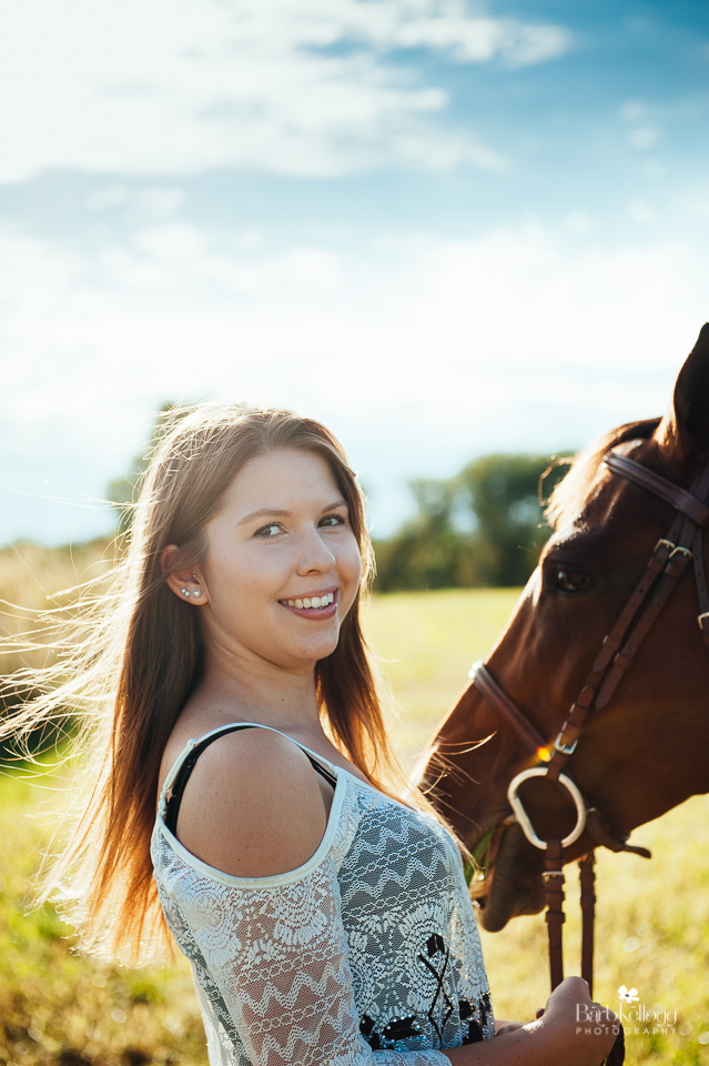 Riley's senior session with her horse Willabay