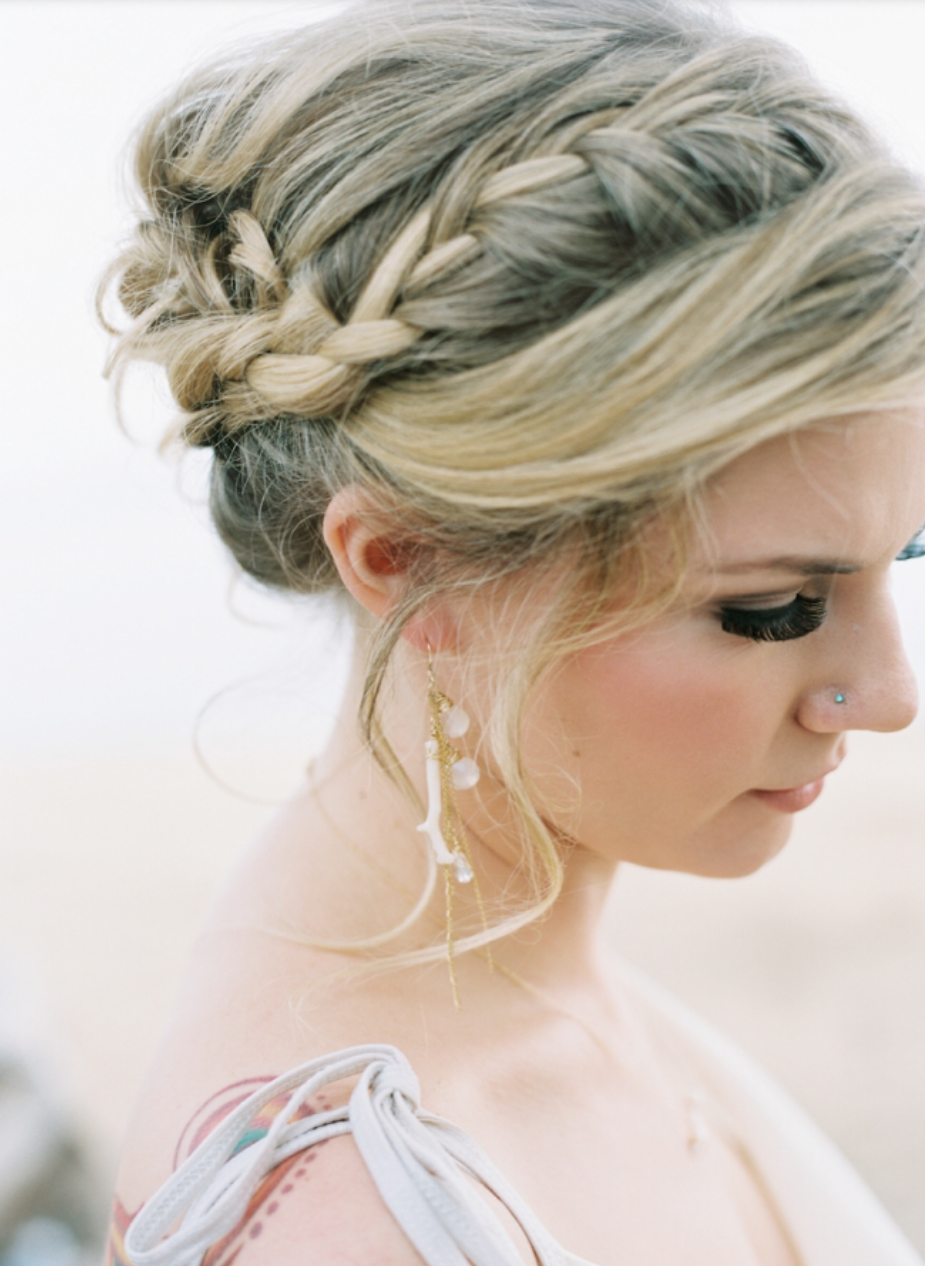 Pacific Weddings Magazine ~ A Look At Sophie Grace Designs  //  Style Me Pretty  //   Photo by Wendy Laurel