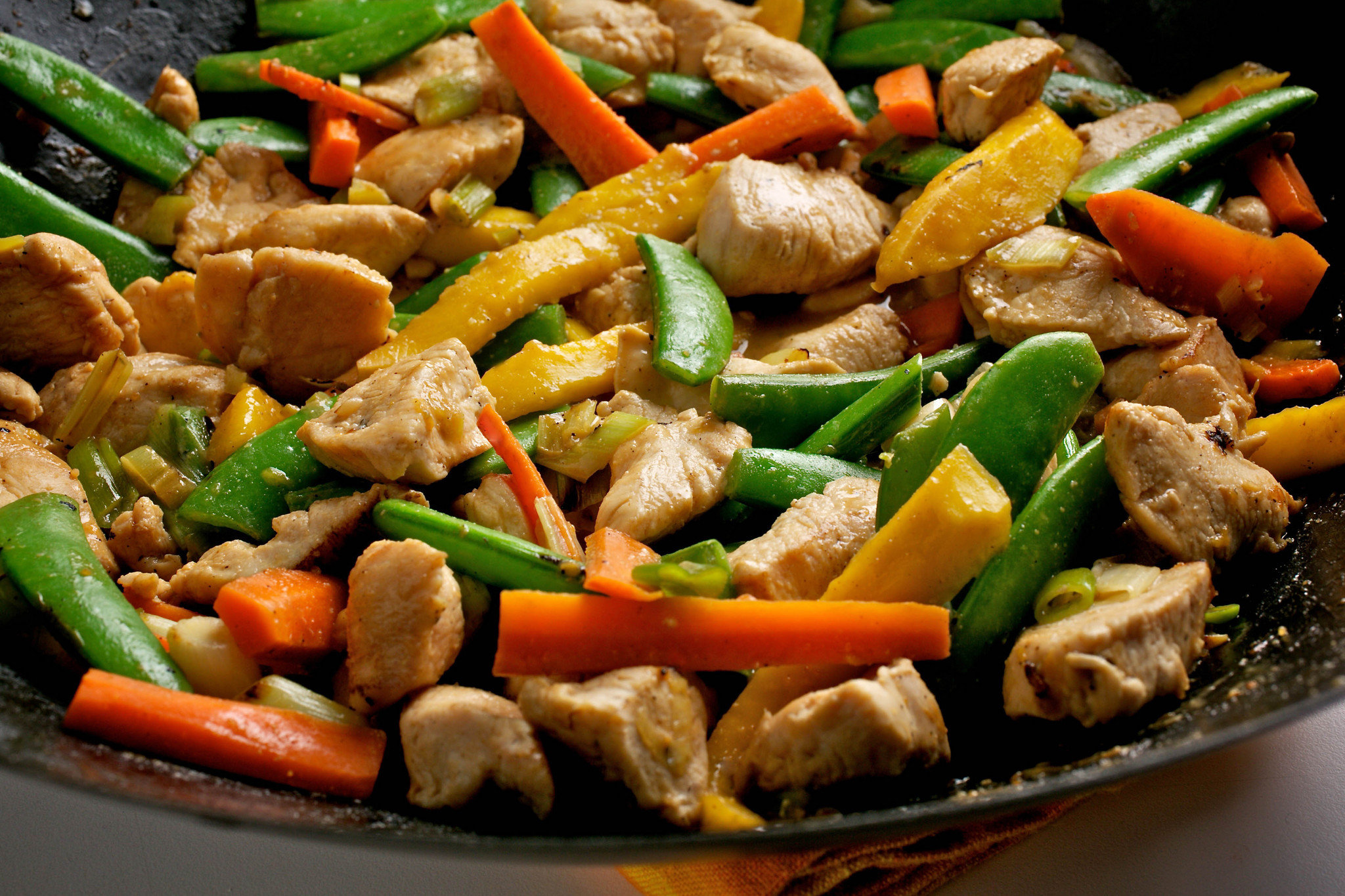 Chicken-Stir-Fry-by-Delicious-Creations-Glatt-Kosher-Catering-Caterer-for-Sarasota-Bradenton-St.-Petersburg-Clearwater-and-Tampa.-The-Best-Kosher-Restaurant-in-Tampa-Bay-www.Delicious-Creations.com_.jpg