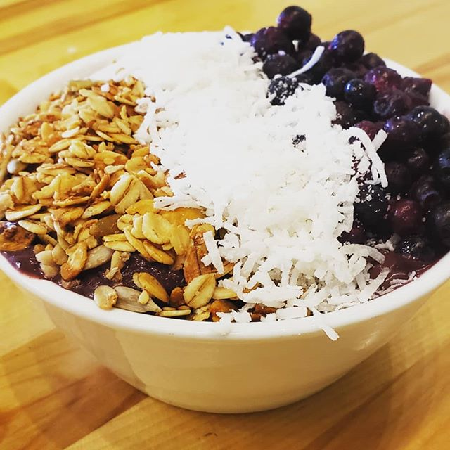 Now that the weather is warming up come fuel up your body for the day with an Acai bowl! ❤😃 #acai #smoothiebowl #superfruit #delicious #healthy #addcbdpowder #eatlocal #eatfresh  #downtownbangor