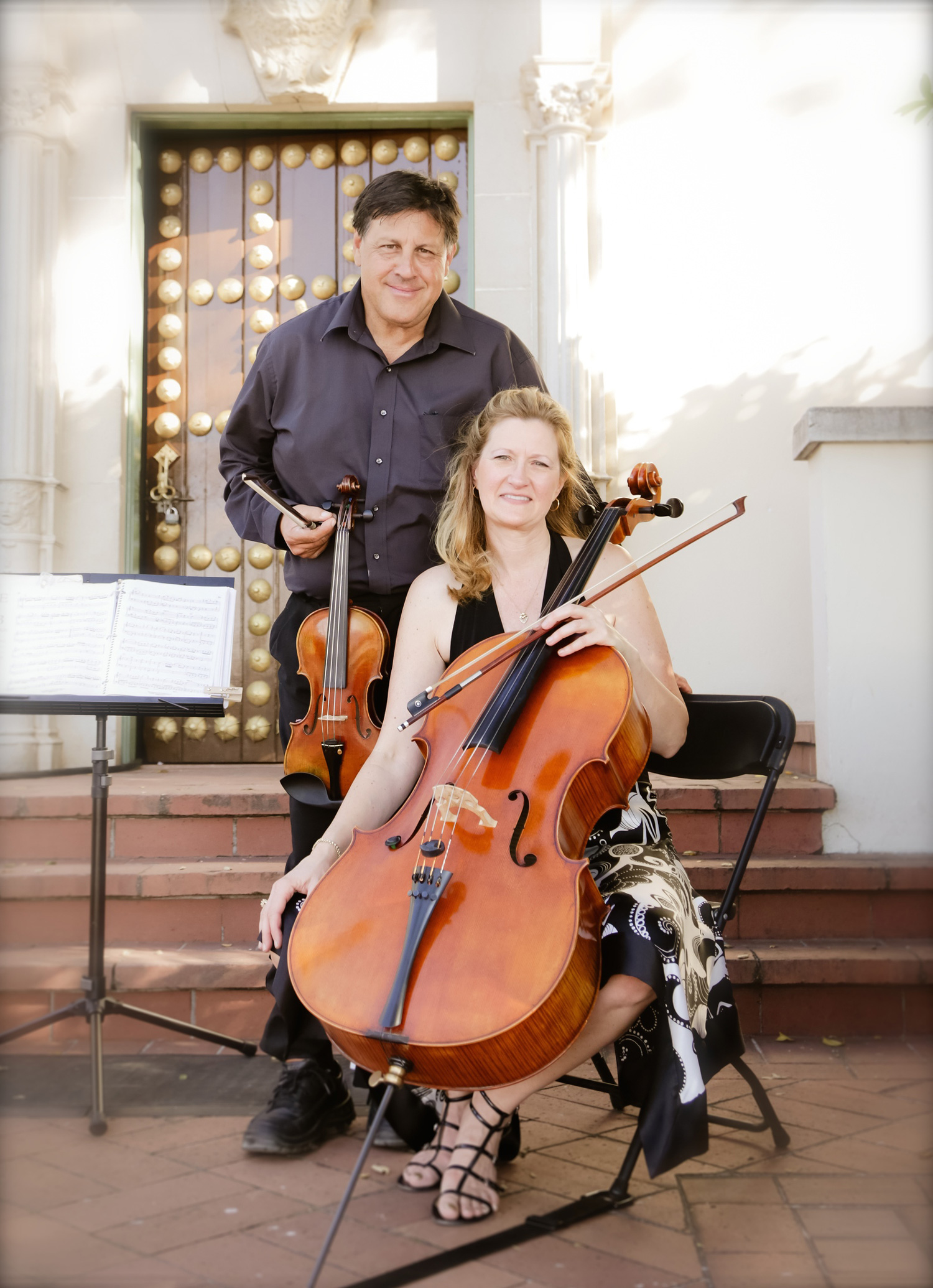 Robert-Lynne-Hearst-Castle-event-music-violin-cello.jpg