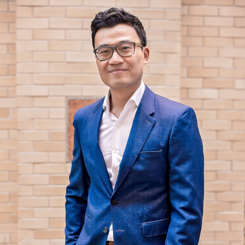 """Panelist    Tony Tran  CEO & Co-Founder, Lumanu  """"Blogging By The Numbers: Using Analytics to Sell Your Influence"""""""