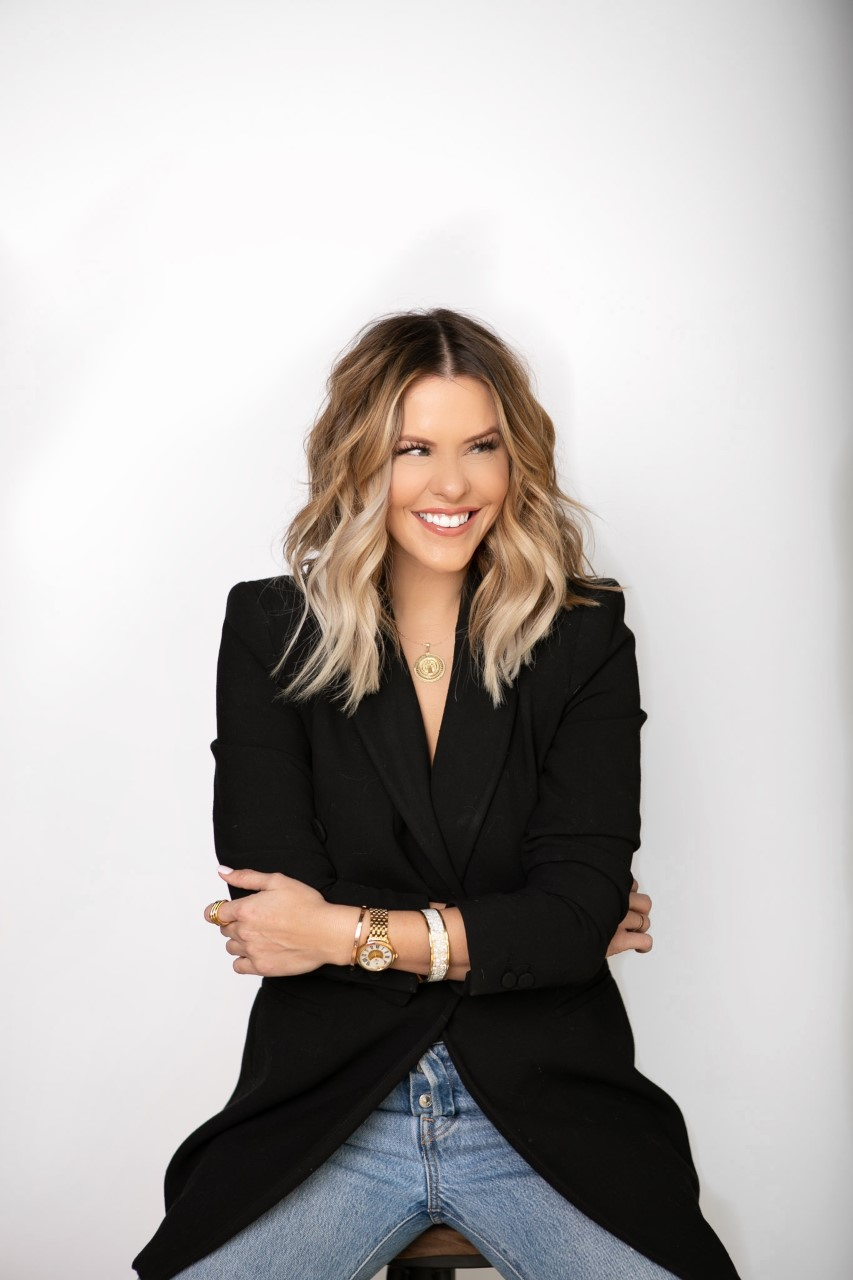 Courtney Kerr - Influencer