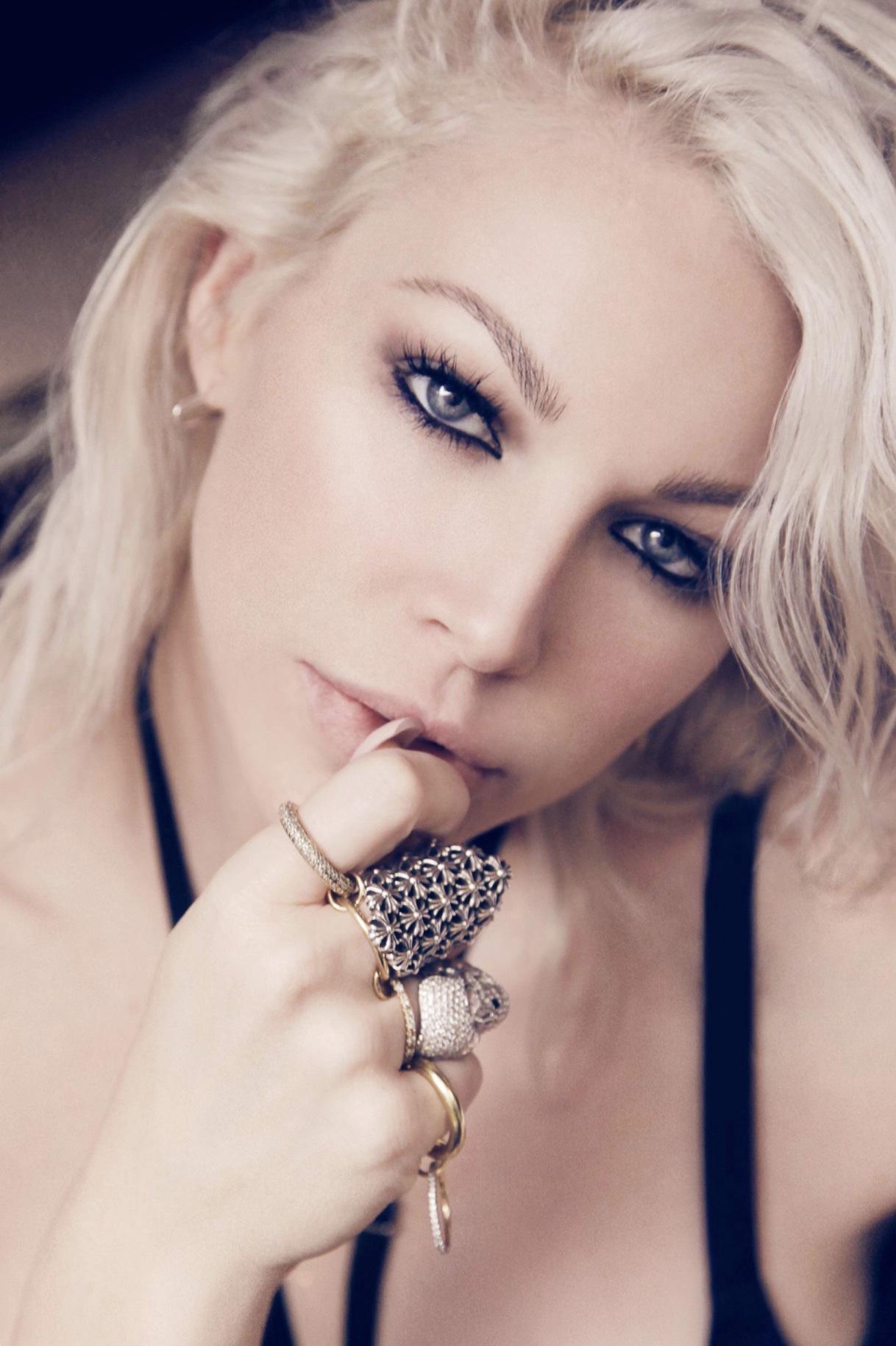 Joyce Bonelli - Celebrity Makeup Artist