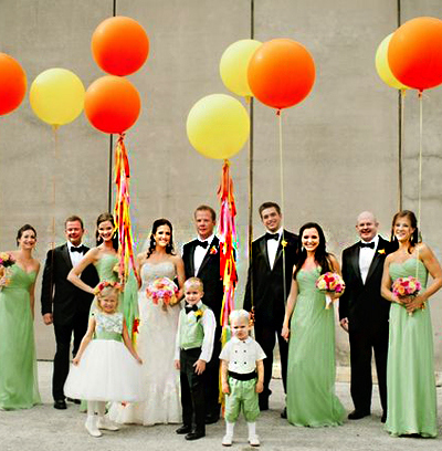 wedding-party-with-balloons.jpg