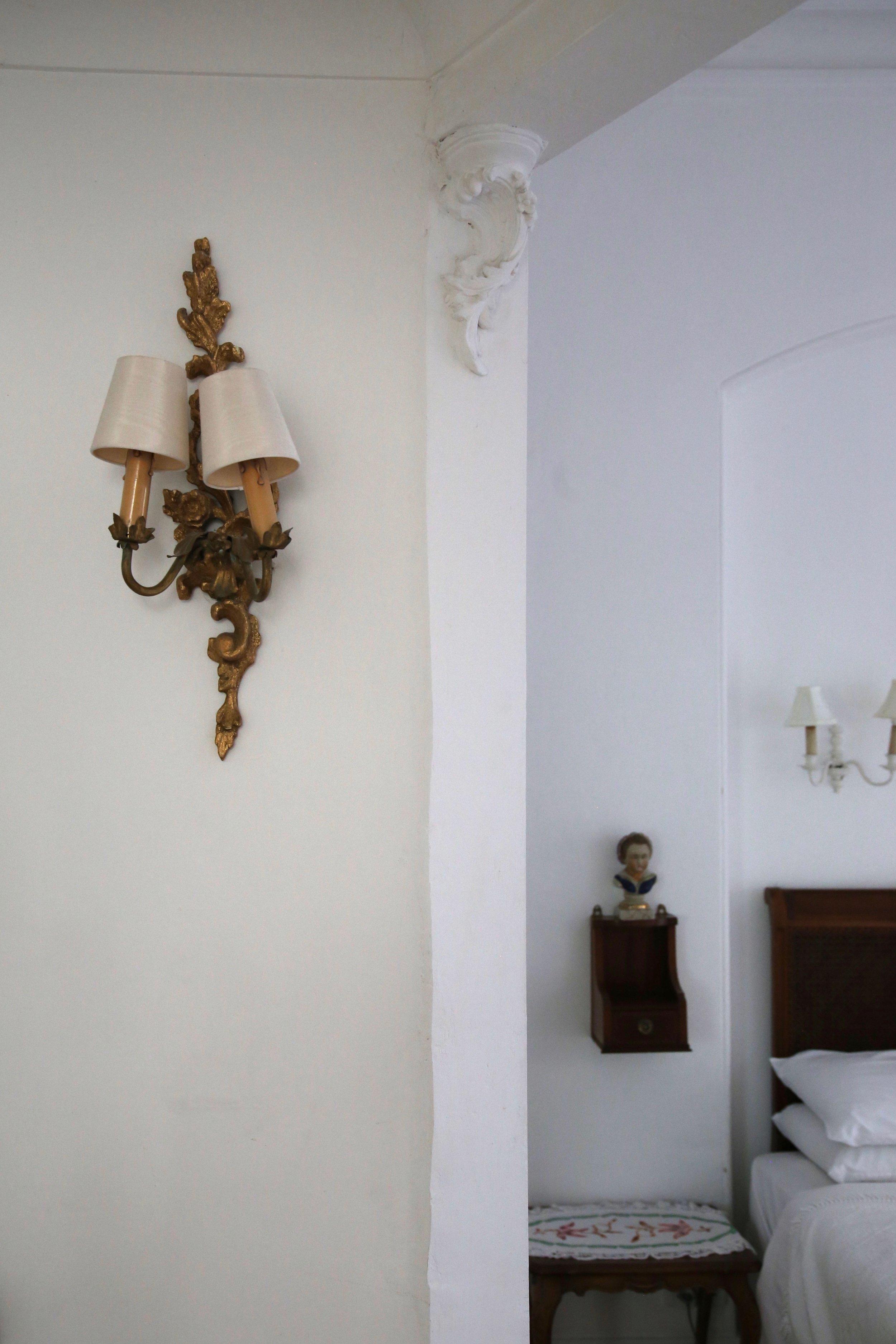 white-room (1).jpg