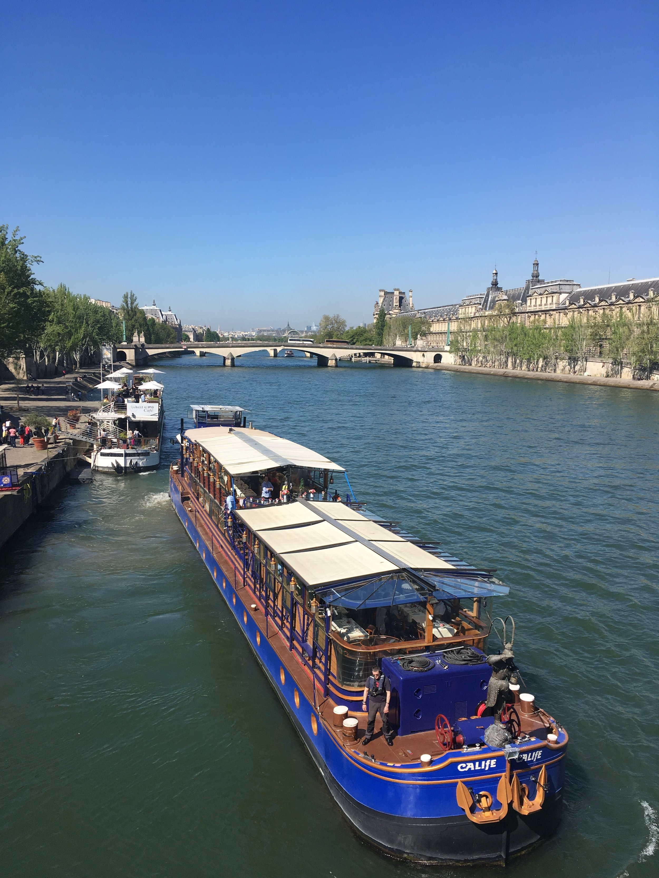 Seine river from the left bank