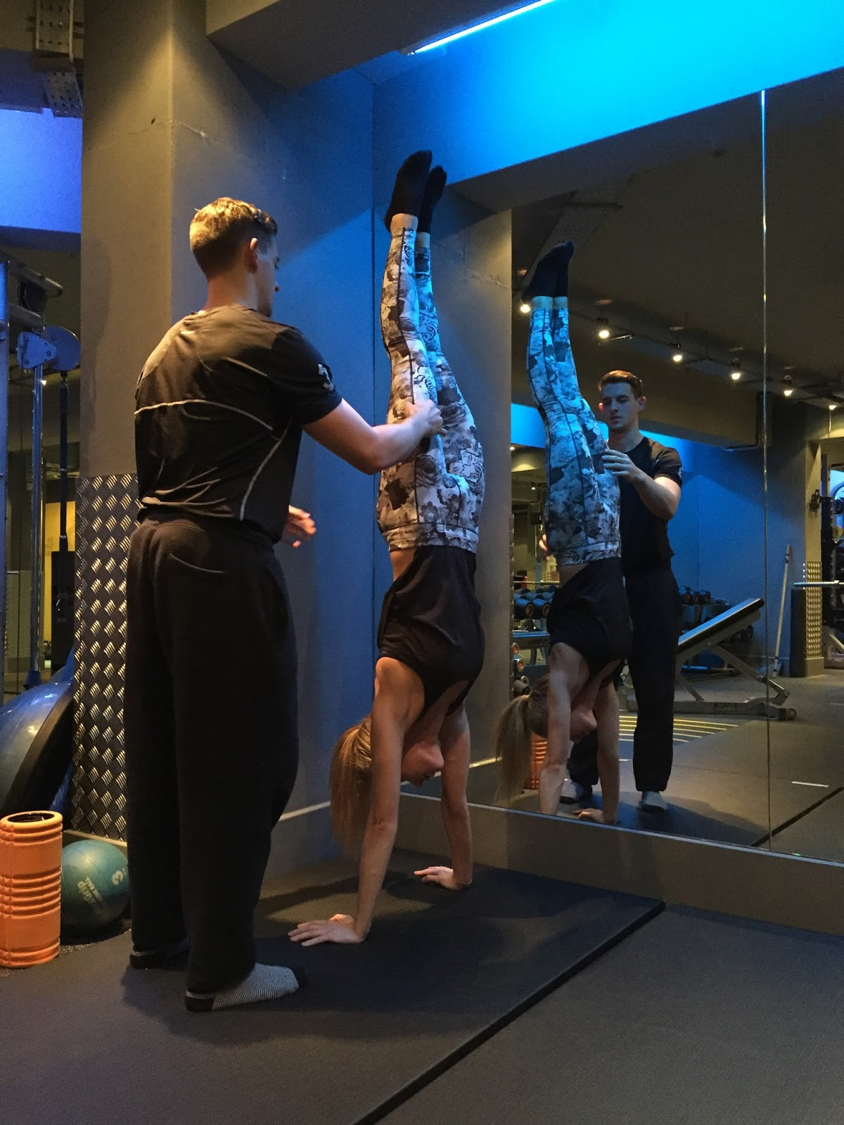 Six3Nine_Personal_Training_London_Handstand.JPG