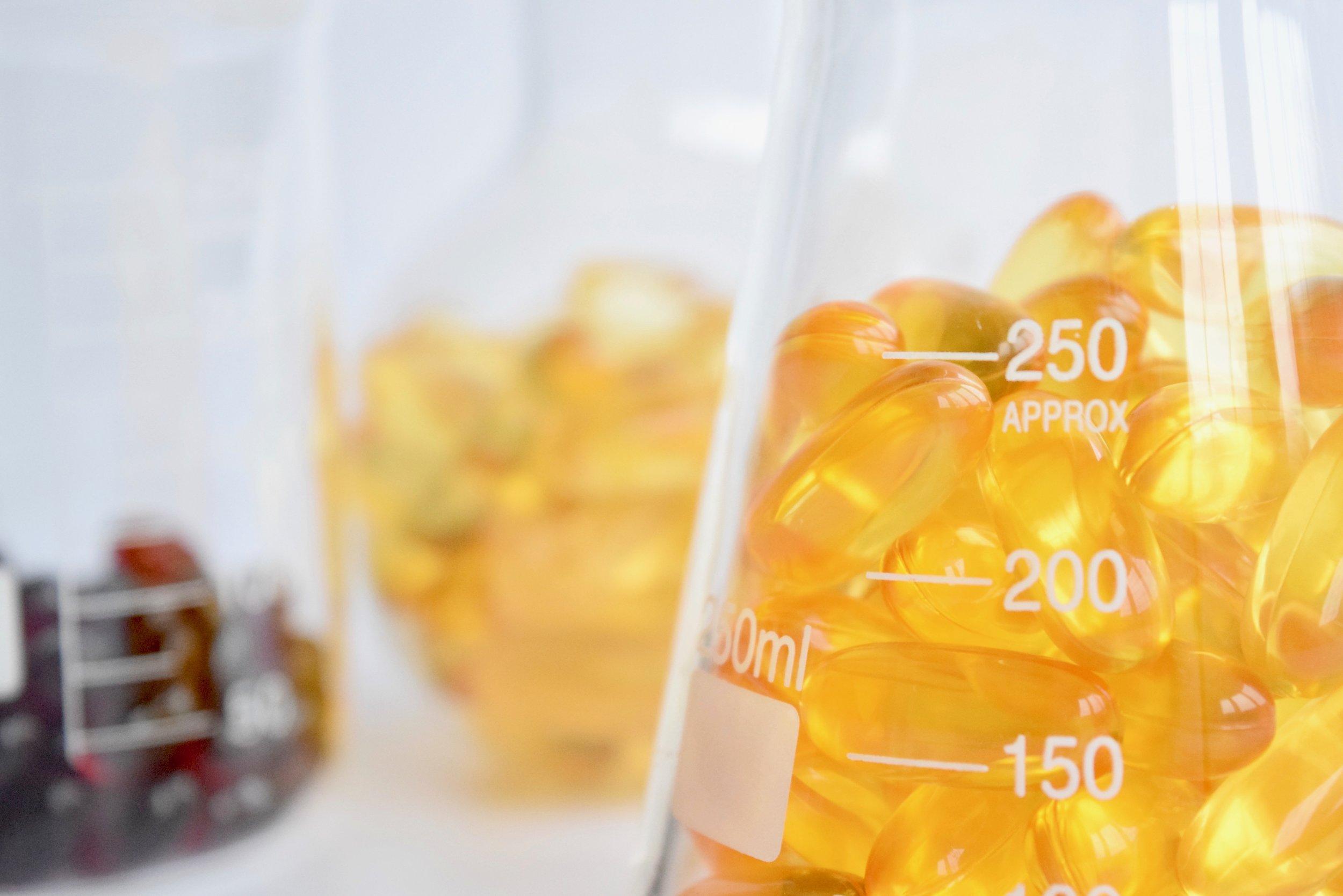 Omega-3-Supplements-Essential-Fatty-Acids-Fish-Oil-Krill-Algae