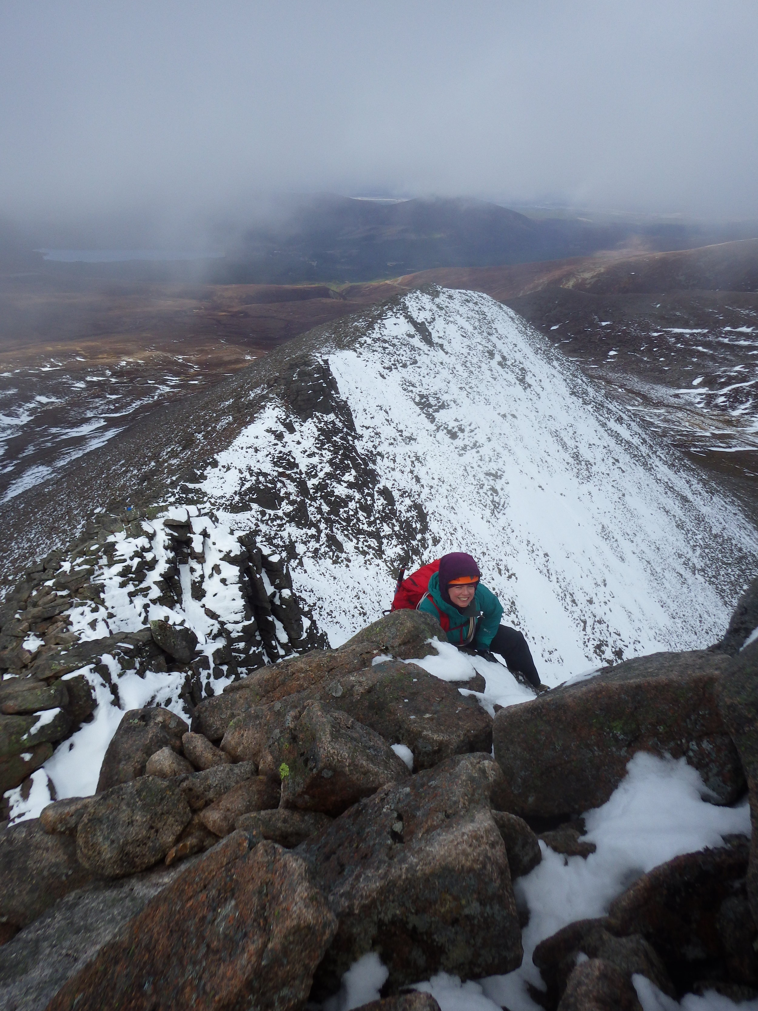 Trace on the upper part of Fiacaill Ridge