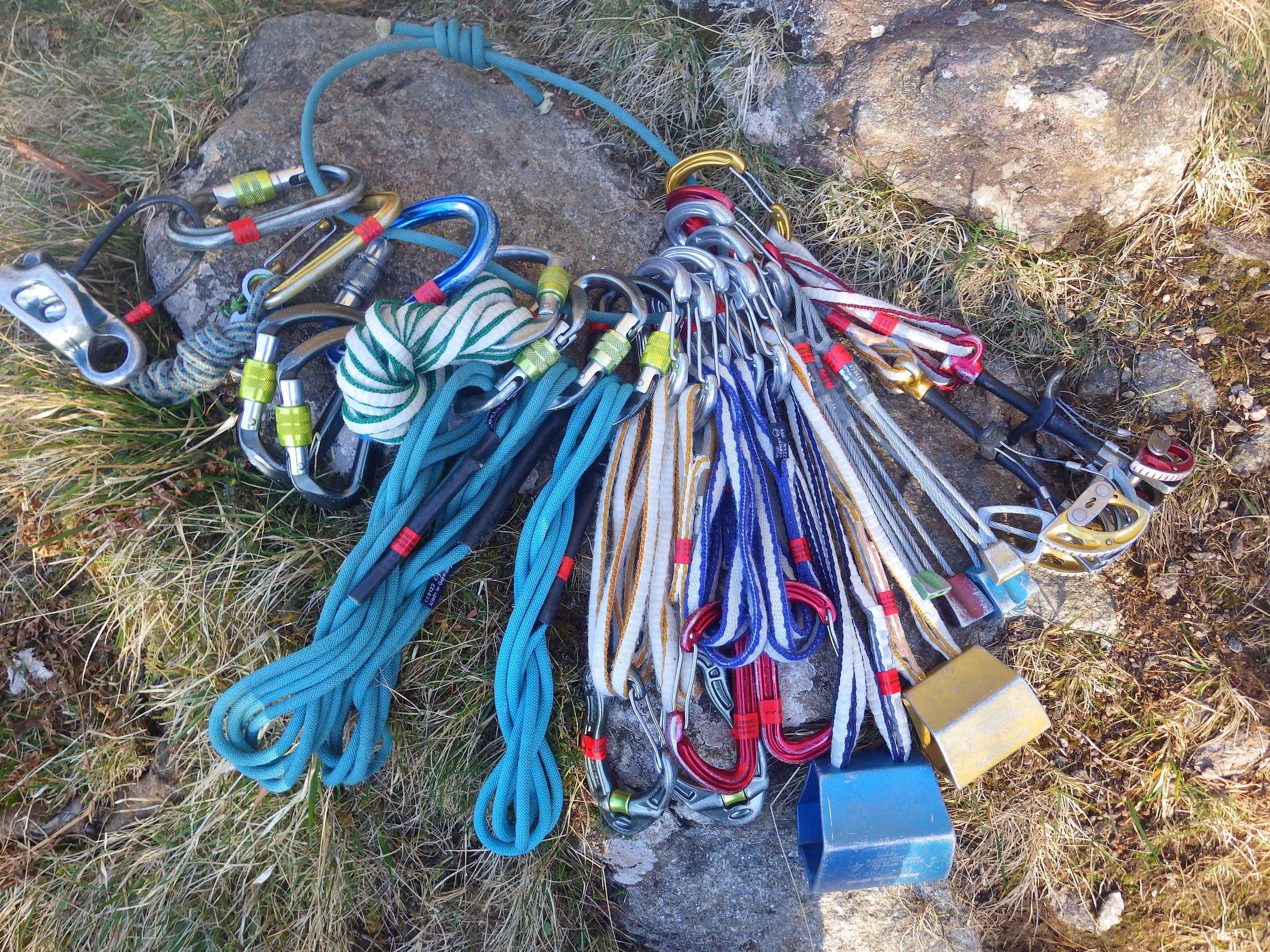 A typical scrambling rack