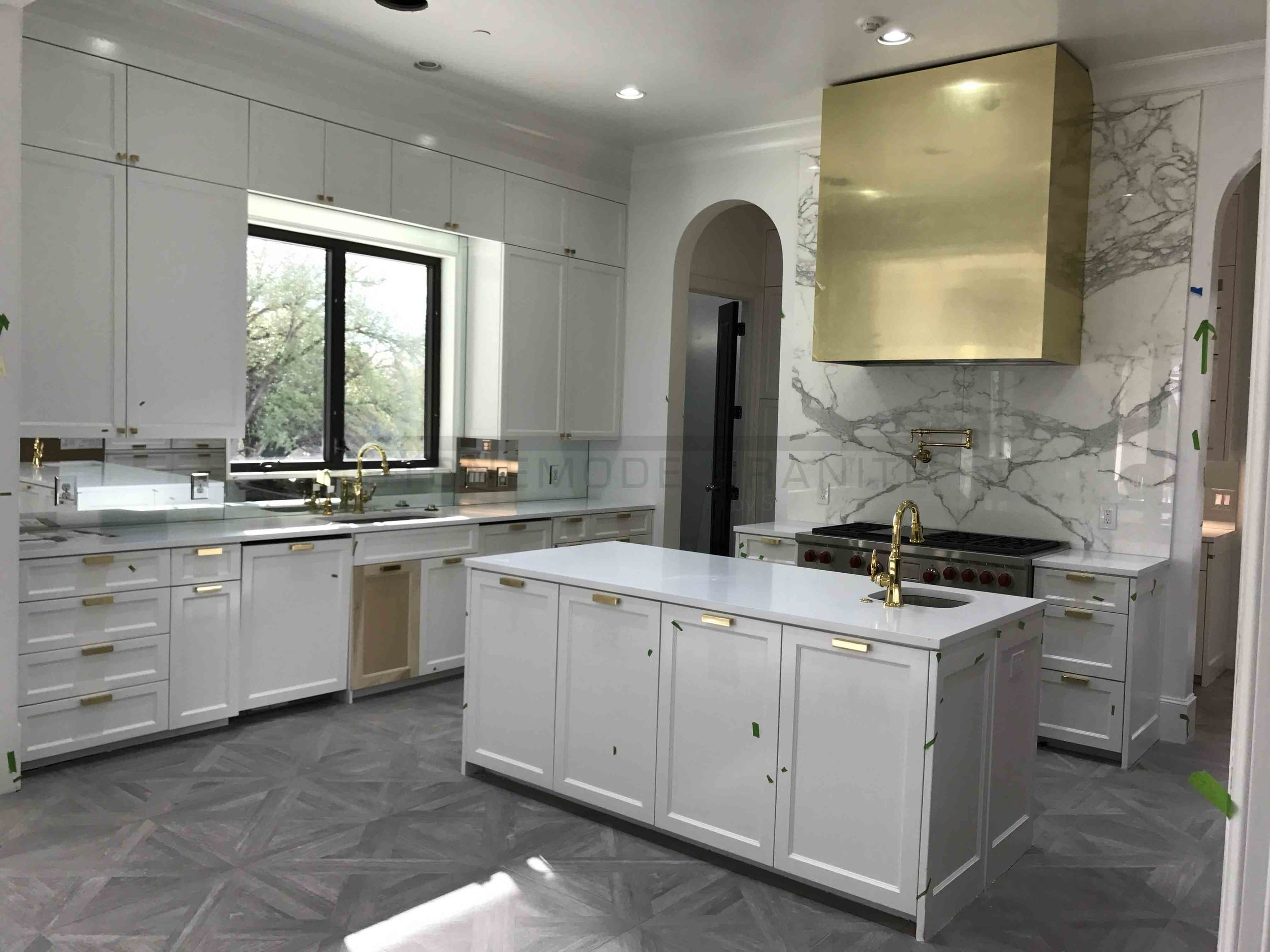Marble & Quartz Kitchen Countertops