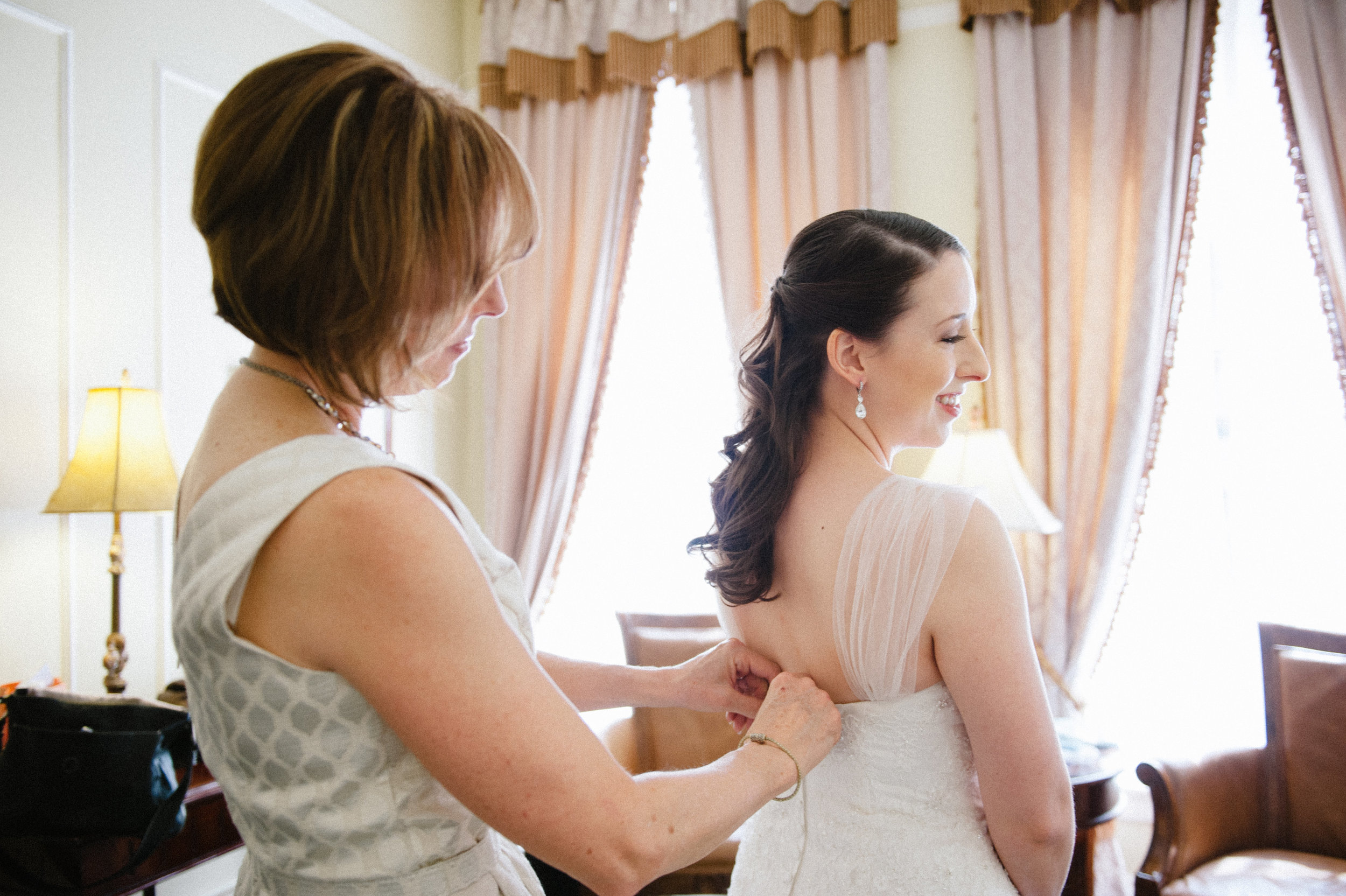 Andrea John Wedding-Getting Ready-0062.jpg