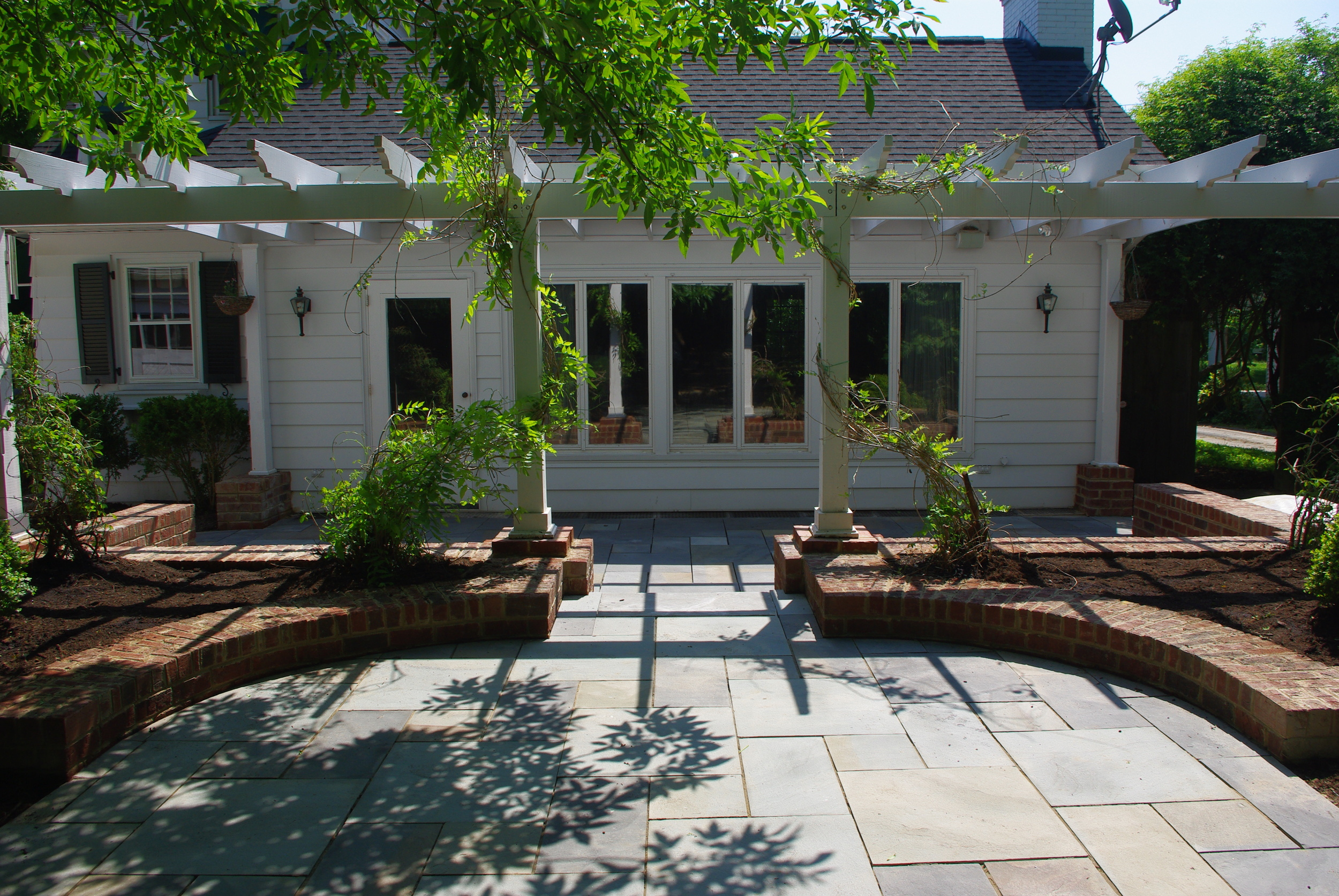 Bluestone Patio/Brick Planters- 3D Landscape Design Burlington, NC