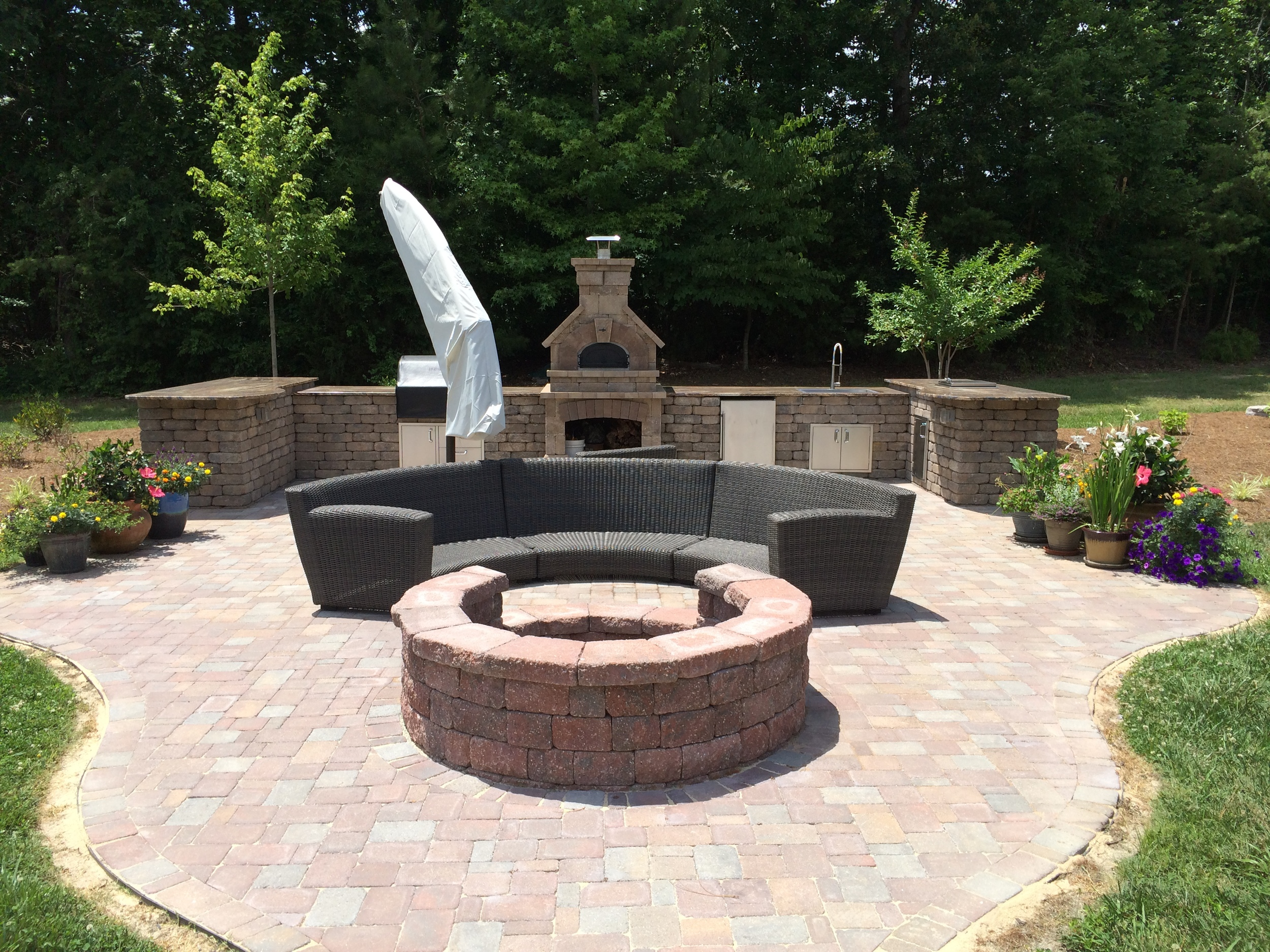 Outdoor Kitchen with Pizza Oven- 3D Landscape Design Burlington NC