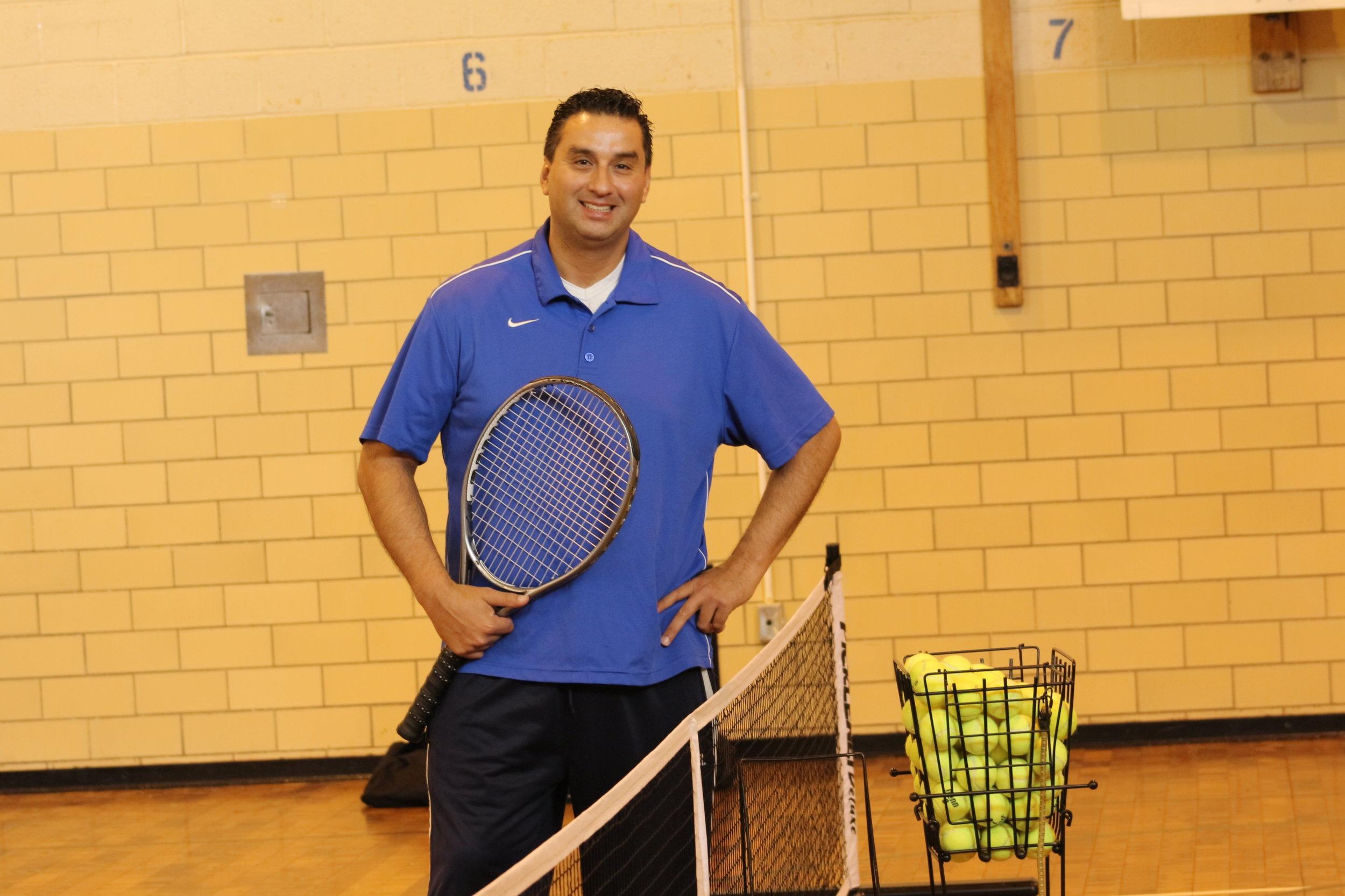 rob indoor tennis wprld nyc 2.JPG