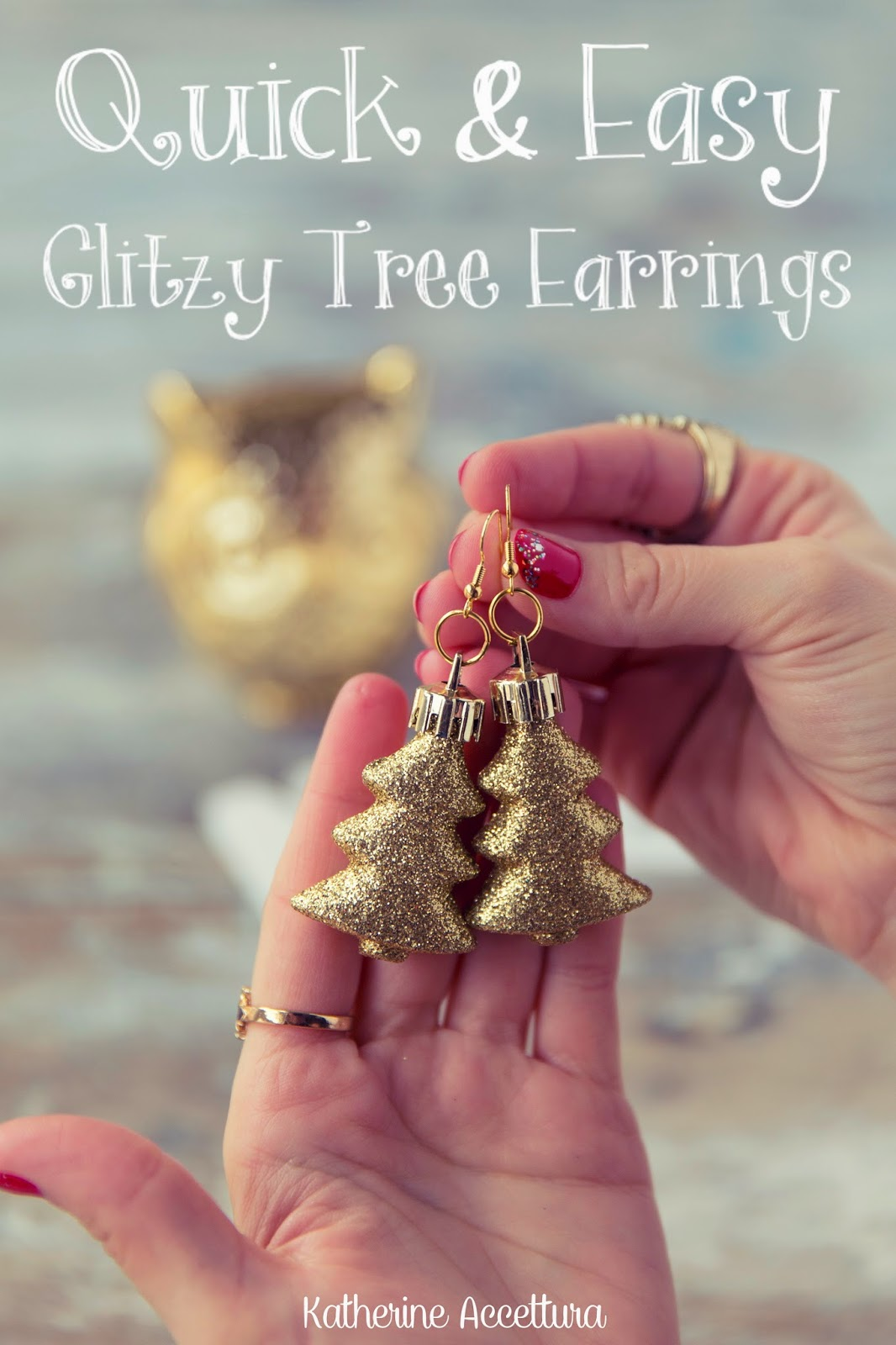 These  Glitzy Tree Earrings are also a cute and festive gift idea you could make for a friend, and then make yourself a matching pair! These turned out really great!