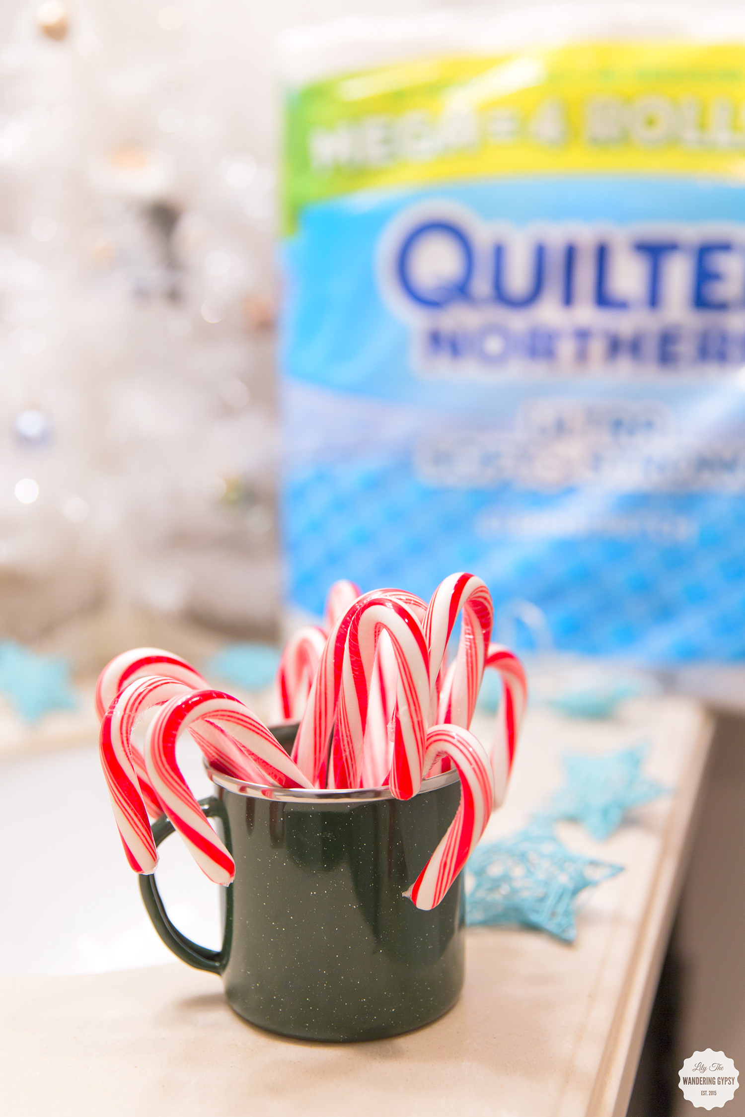 decorating the bathroom for the holidays! #QuiltedHoliday