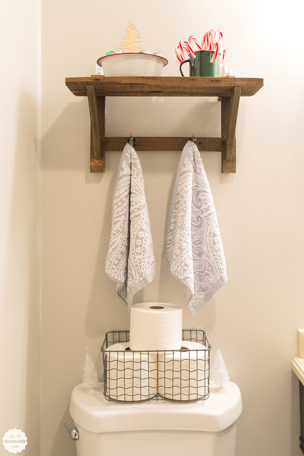 Cute Bathroom Makeover! #QuiltedHoliday
