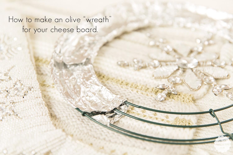 #EasyCheesy - Holiday Cheese + Olive Wreath