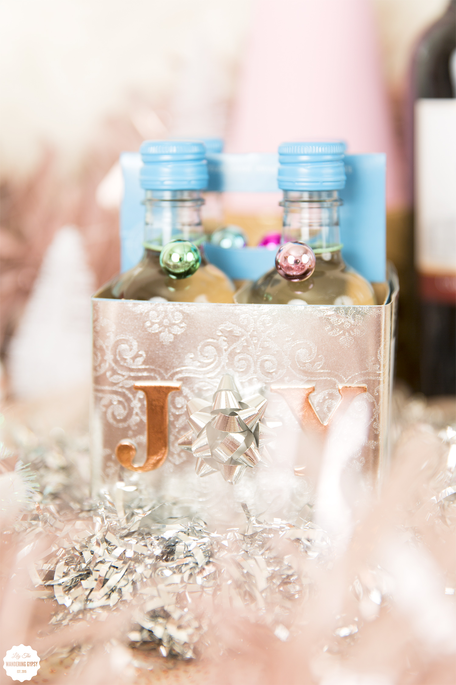 decorate wine bottles as gifts