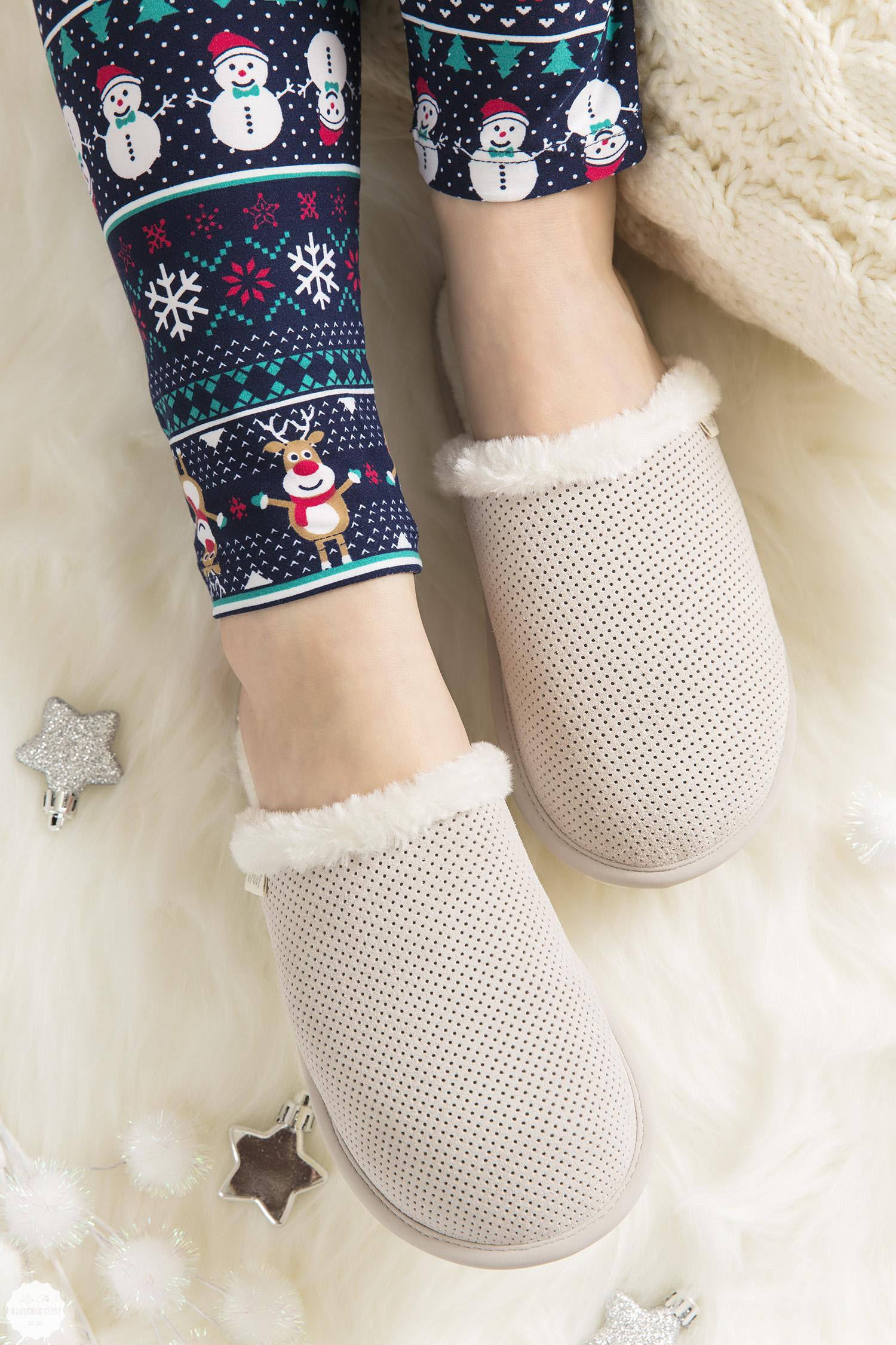cute slippers!