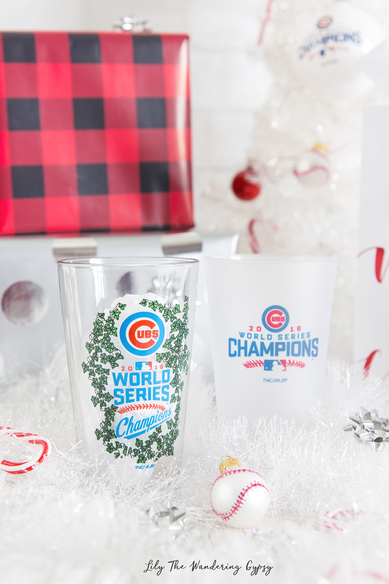 Shop Cubs Pint Glasses