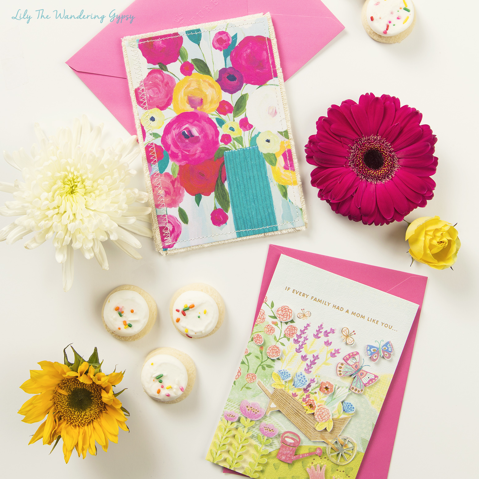 Adorable Mother's Day Gift Ideas #HallmarkForMom