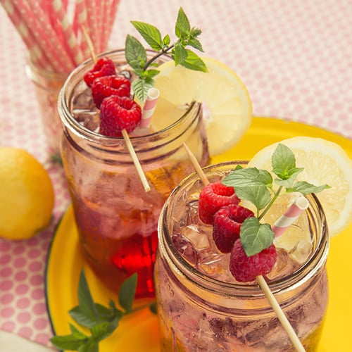 Raspberry Spritzer - Get The Recipe