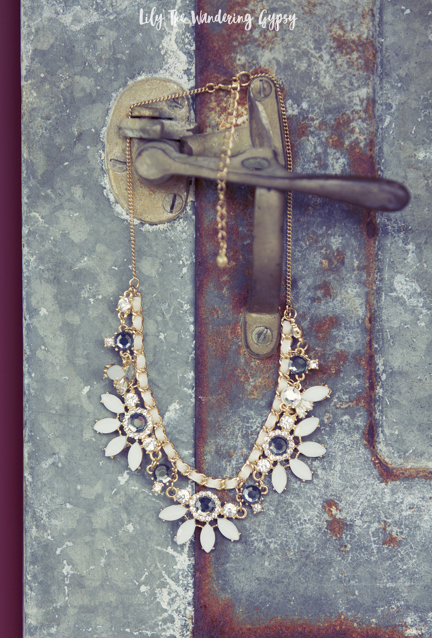 LC Lauren Conrad Statement Necklace