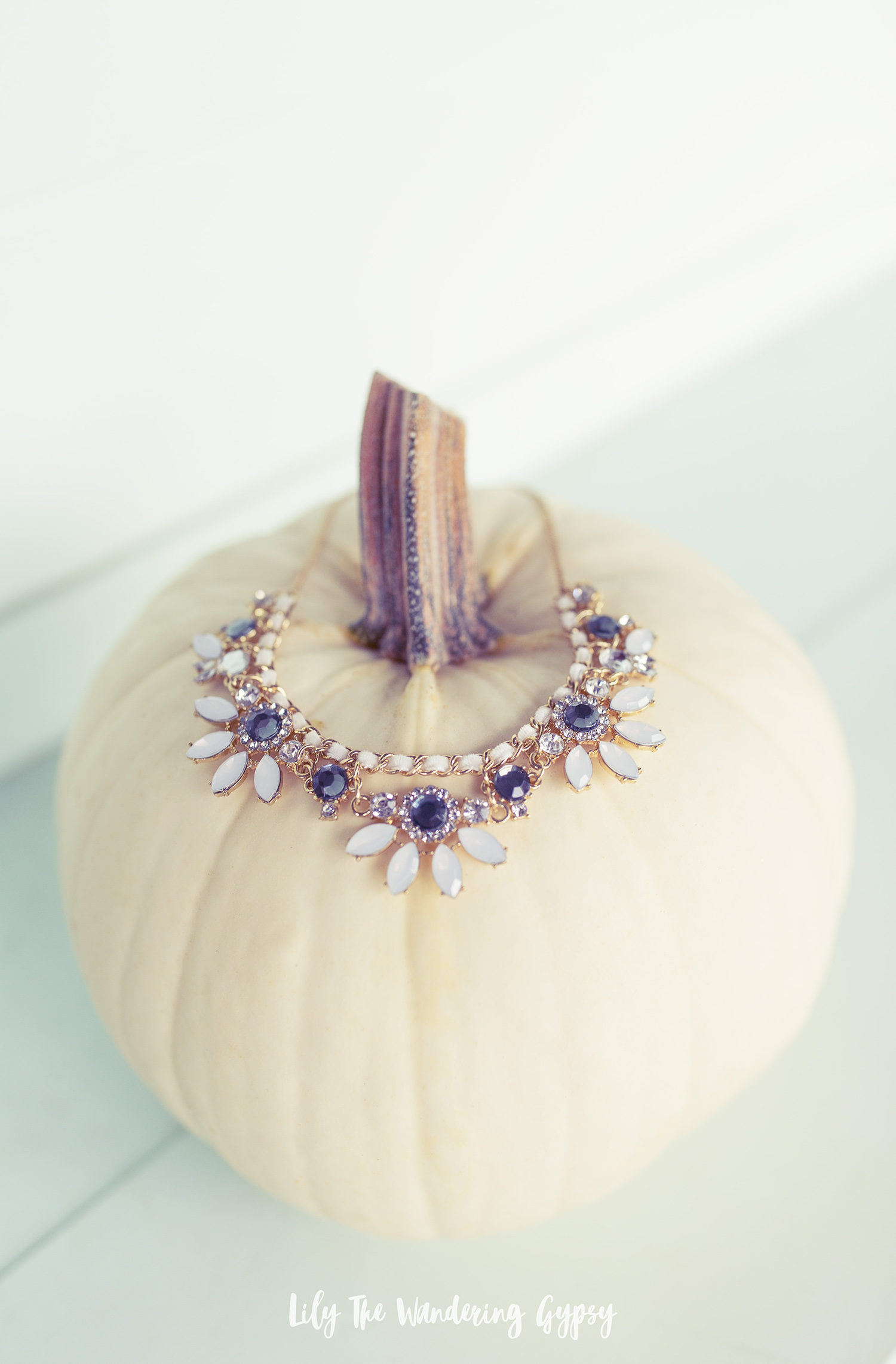 Cute Fall Necklace