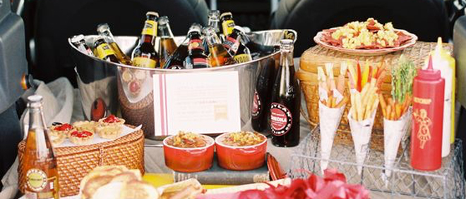 Football / Tailgate Party Ideas  (Inspiration / roundup Post)