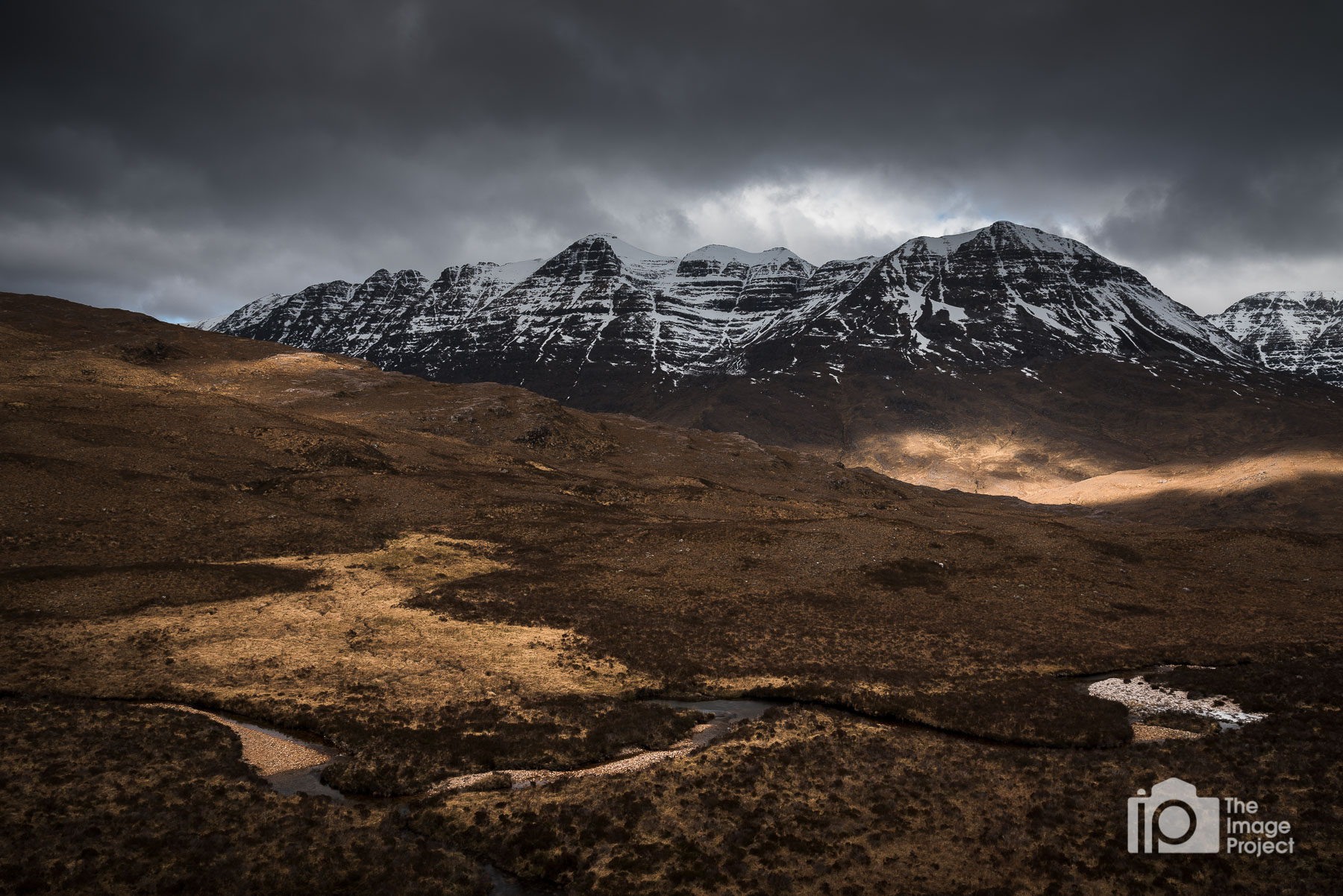 Brief cloud cover and light breaks gave rise to this scene in the Torridon valley, Feb 2018