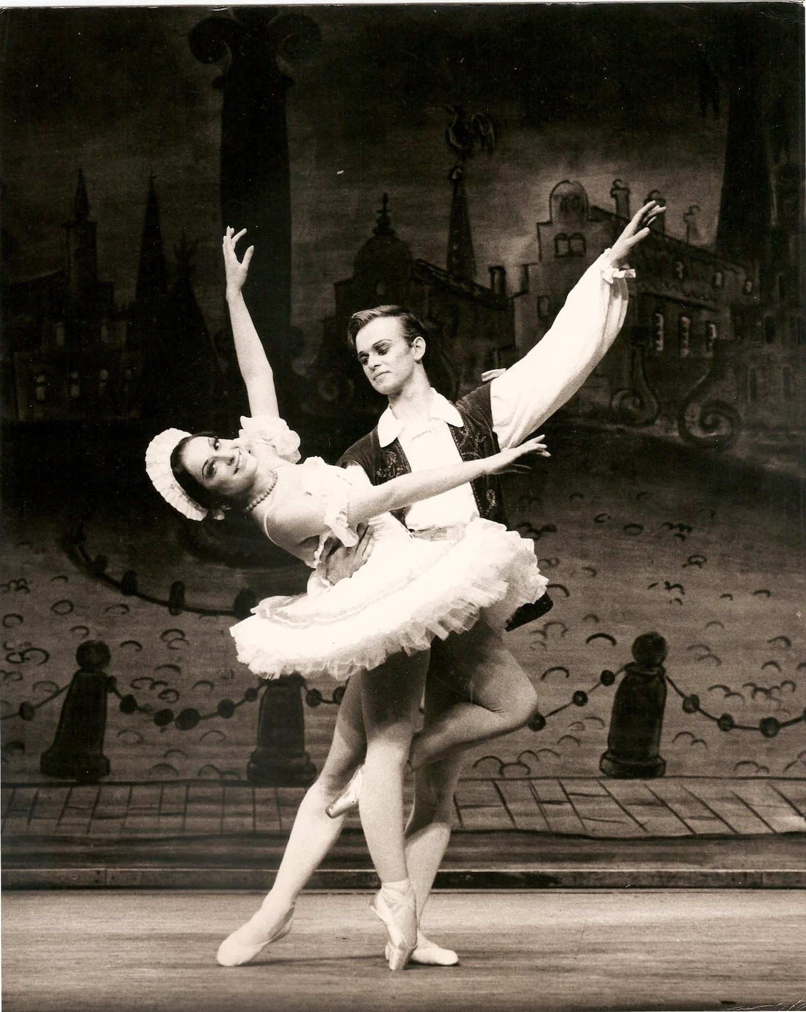 pcurtis_dance1.jpg