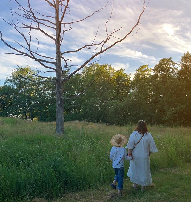 Chasing a rabbit 🐇 in the fields. He was afraid of us. This is in the city in our neighborhood. This is the second midsummer, we stay in town and have a picnic by Annala. We love our hoods! . #midsommar #midsummer #helsinki