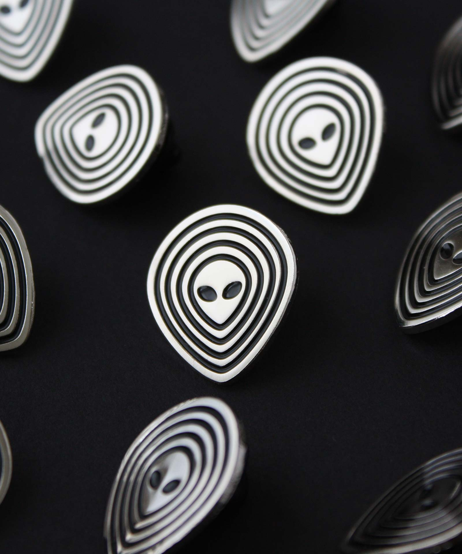 Alien and UFO inspired lapel pins