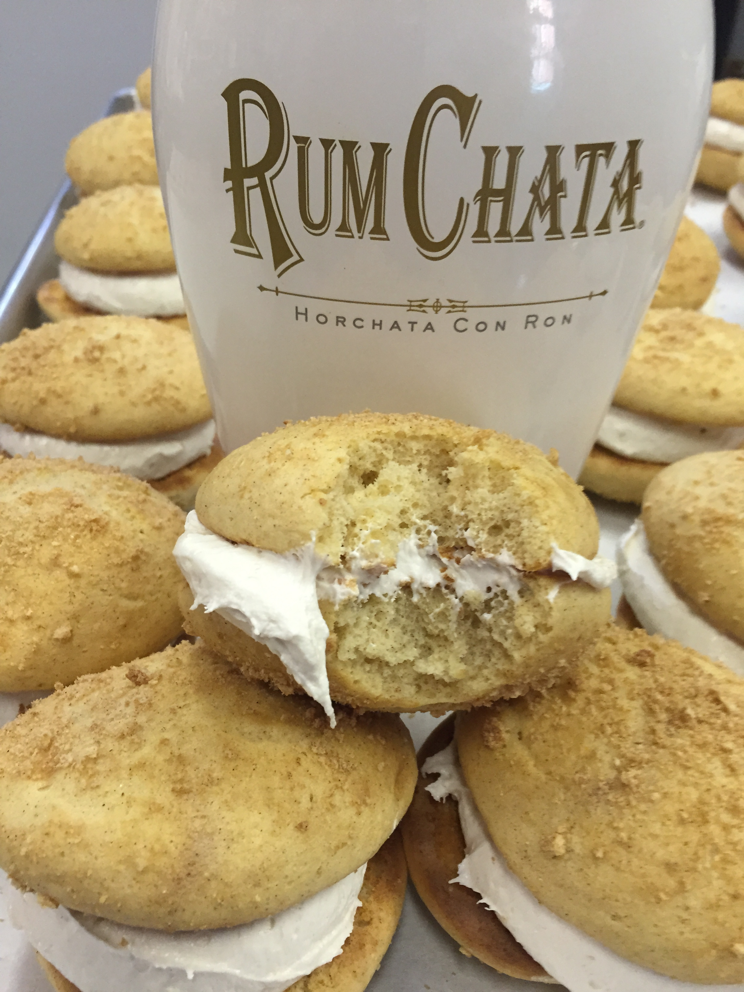 Cinnamon Toast    Cinnamon Toast Crunch cookie with Rum Chata filling