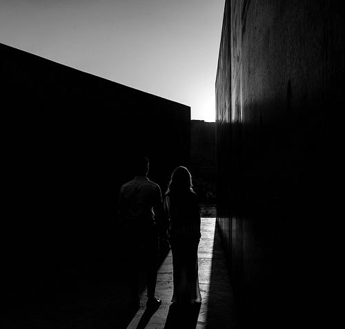 Black and white photo of couple at Amangiri resort