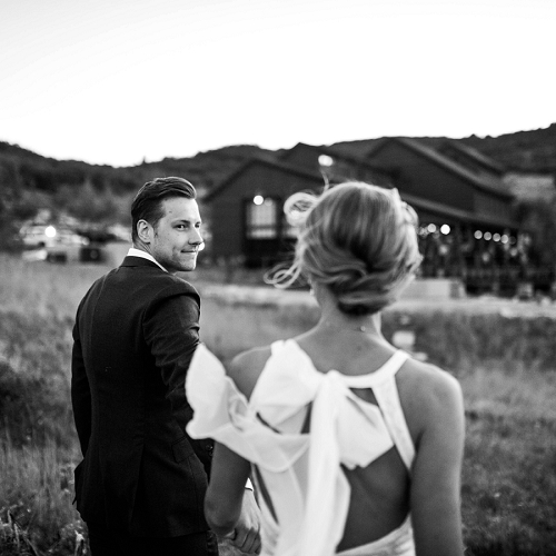 Black and white image of wedding couple in Park City